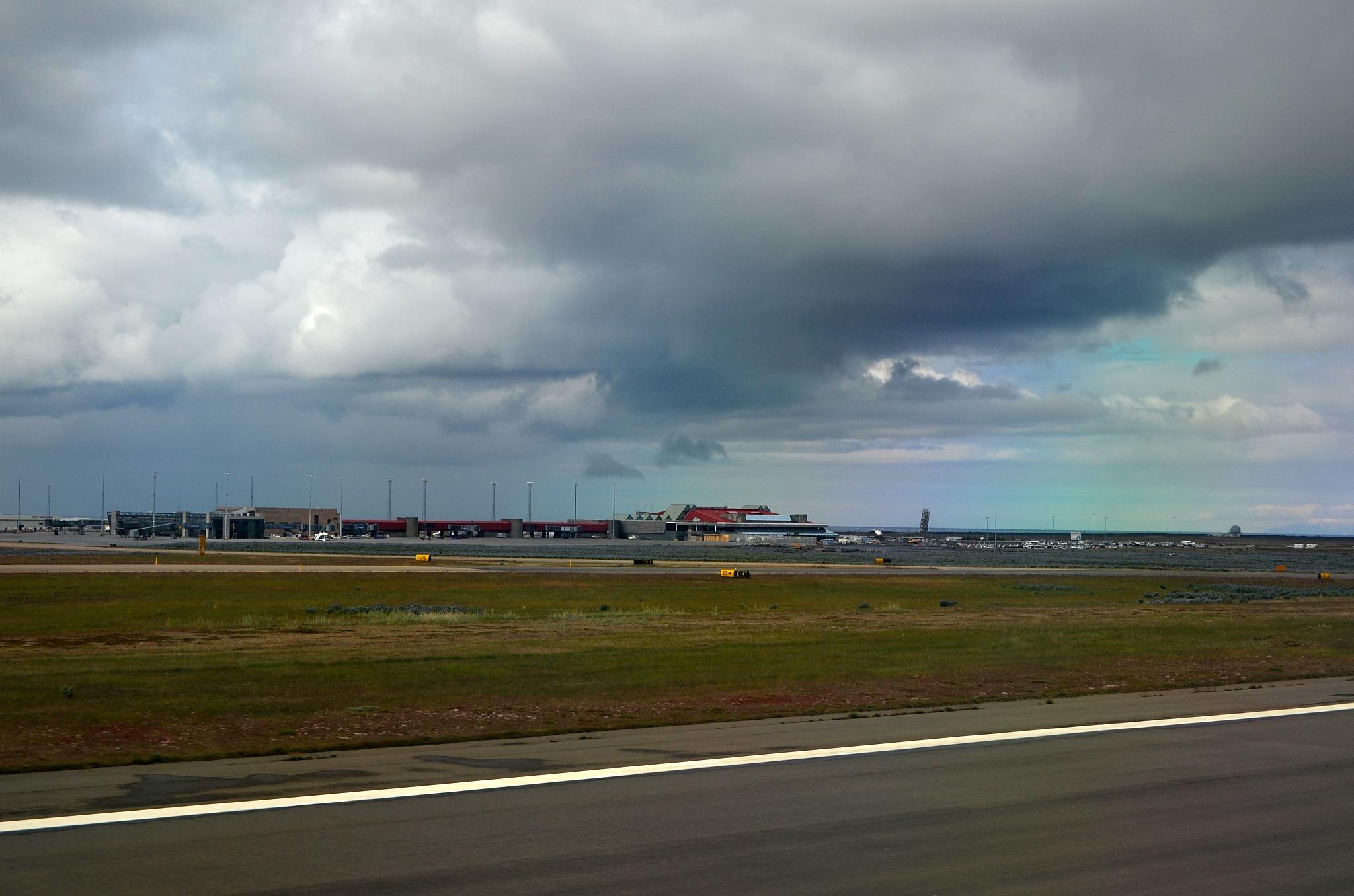 Přistáváme na letišti Keflavík