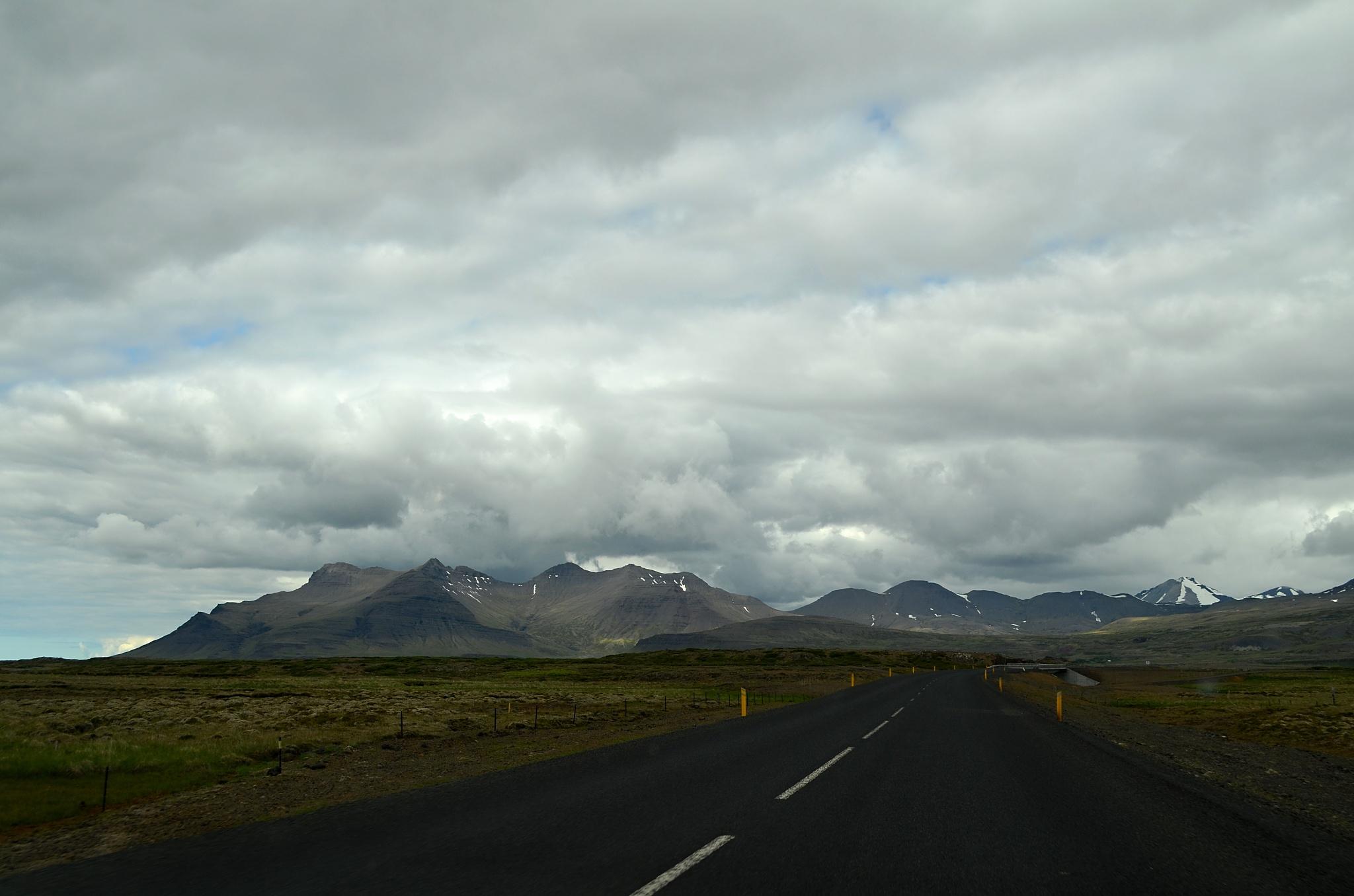 Na cestě k vesničce Búðir.