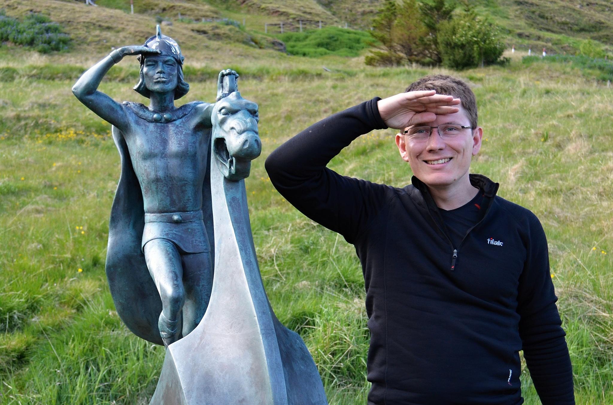 Místní hrdina Leifur Eiriksson a já.
