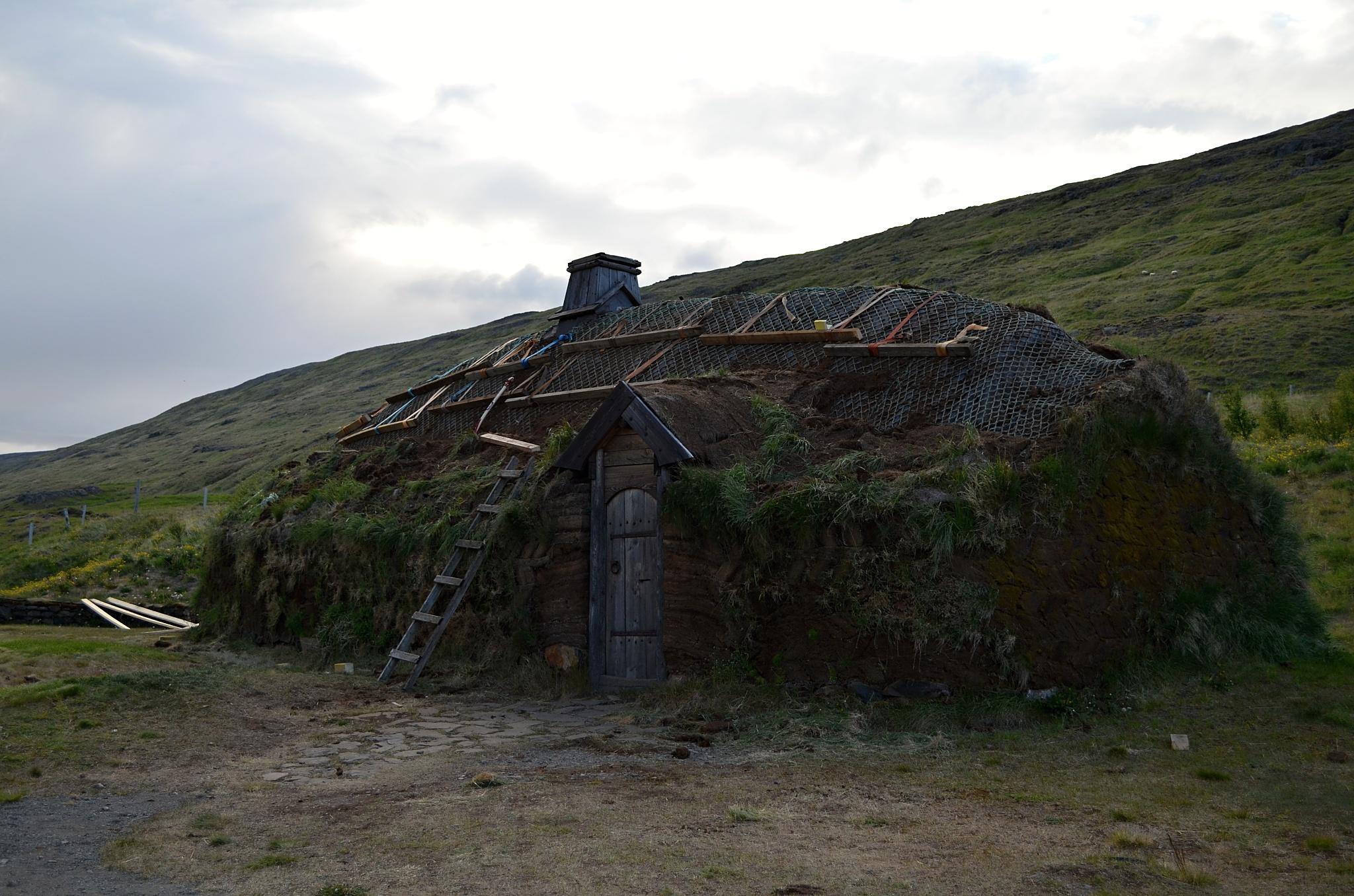 Původní bydlení v Eiríksstaðiru.