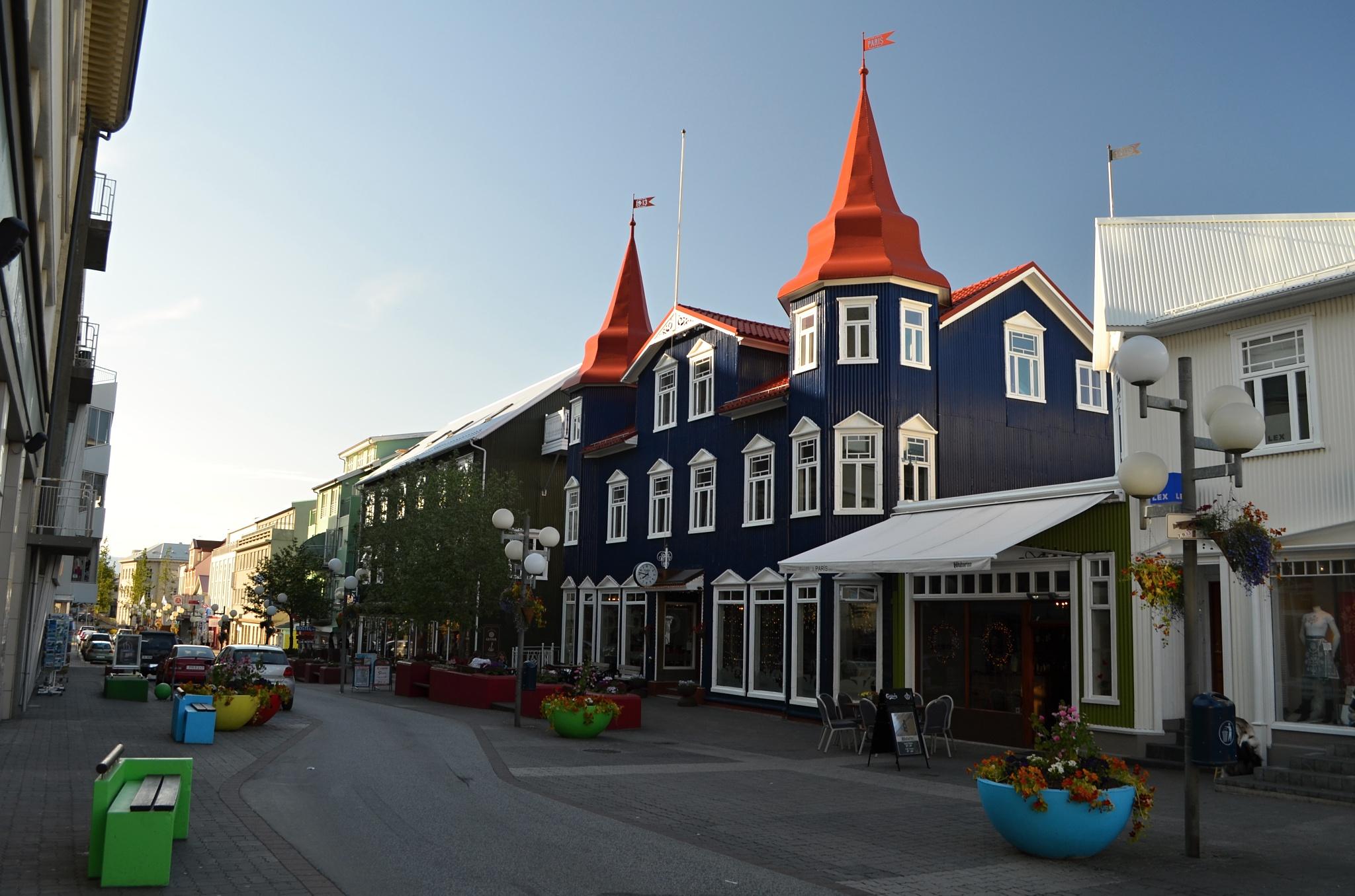 Pohled na ulici Hafnarstræti v Akureyri