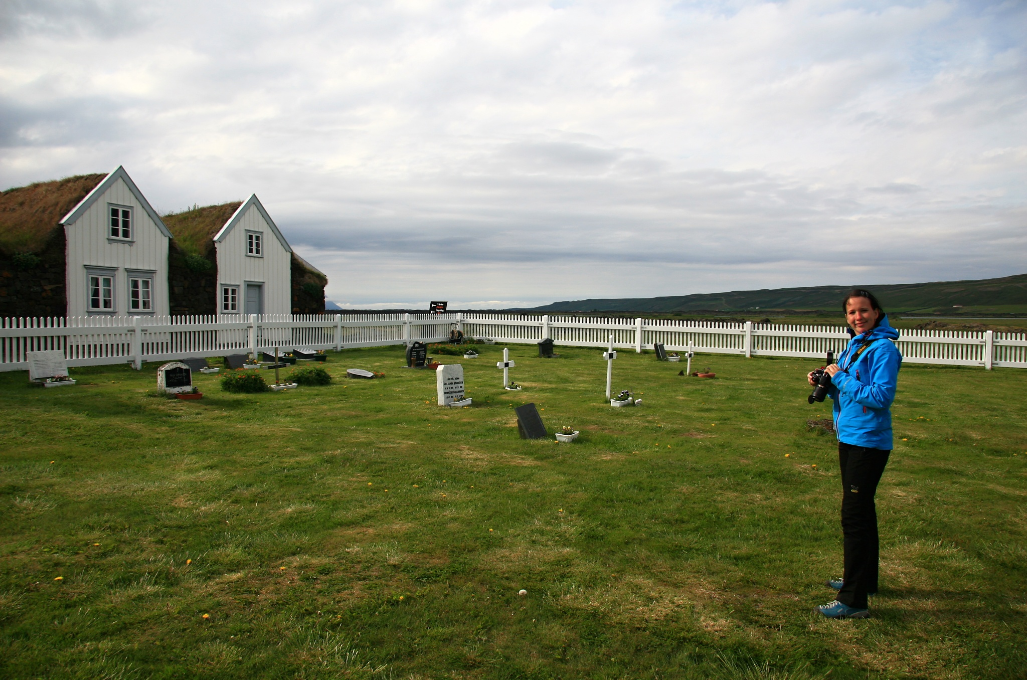 Hřbitov u kostela v Granjaðarstaðuru