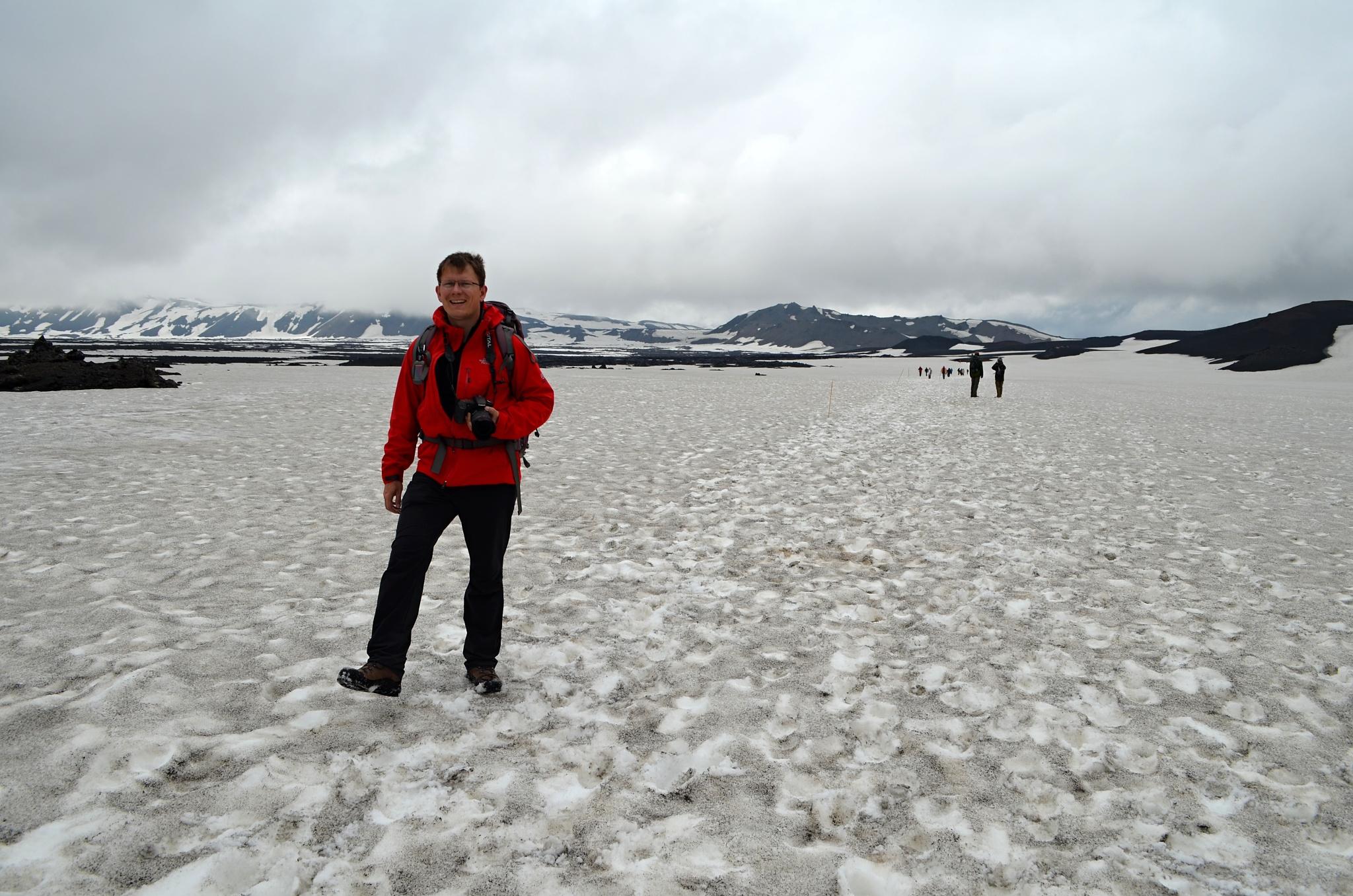V kráteru Askji bylo ještě dost sněhu