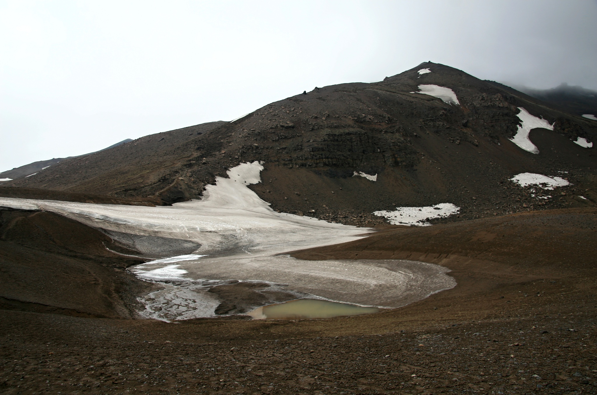 Okolí jezera Víti v kráteru sopky Askja