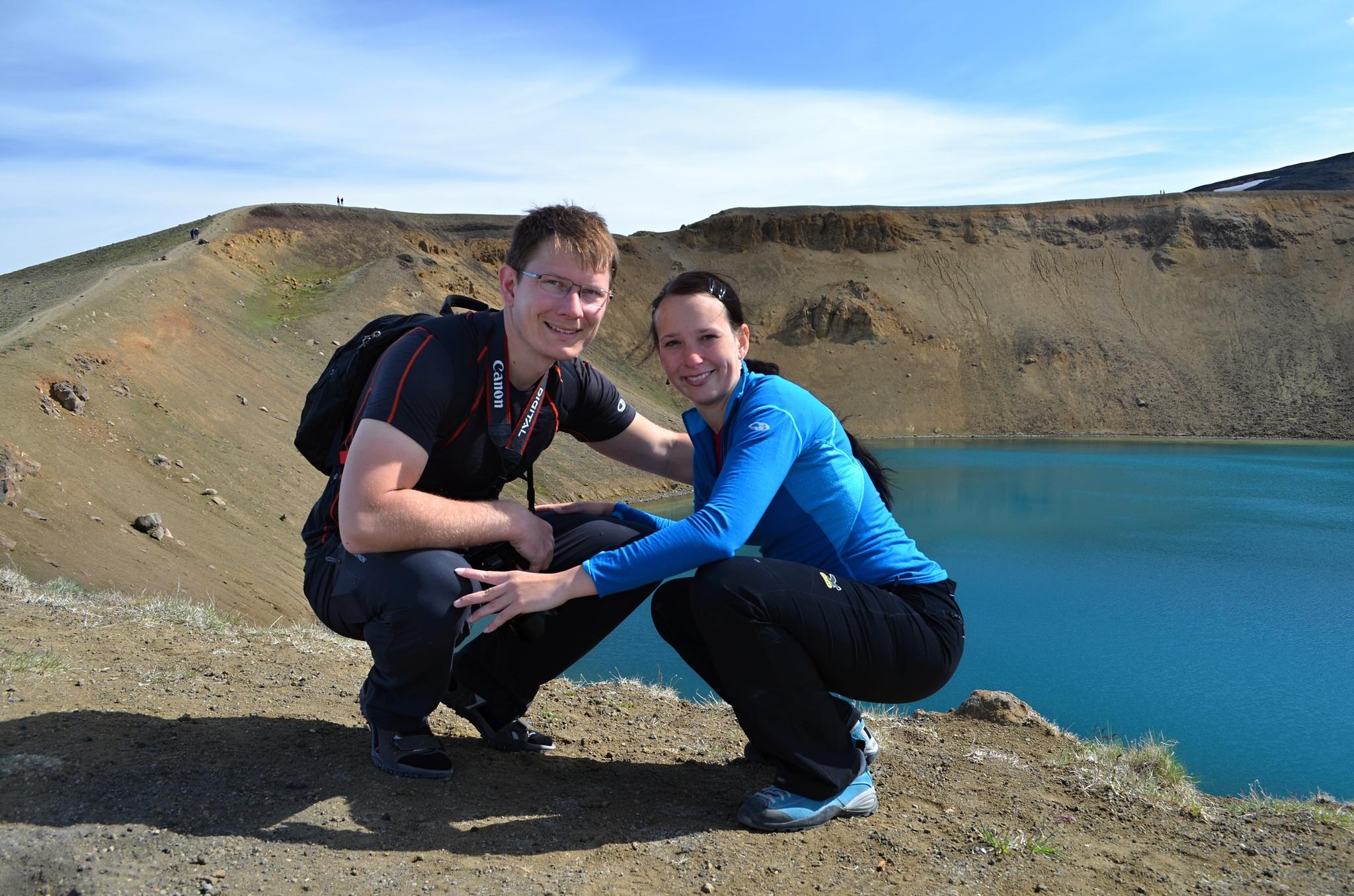 Společná fotka u jezera Víti na Krafle