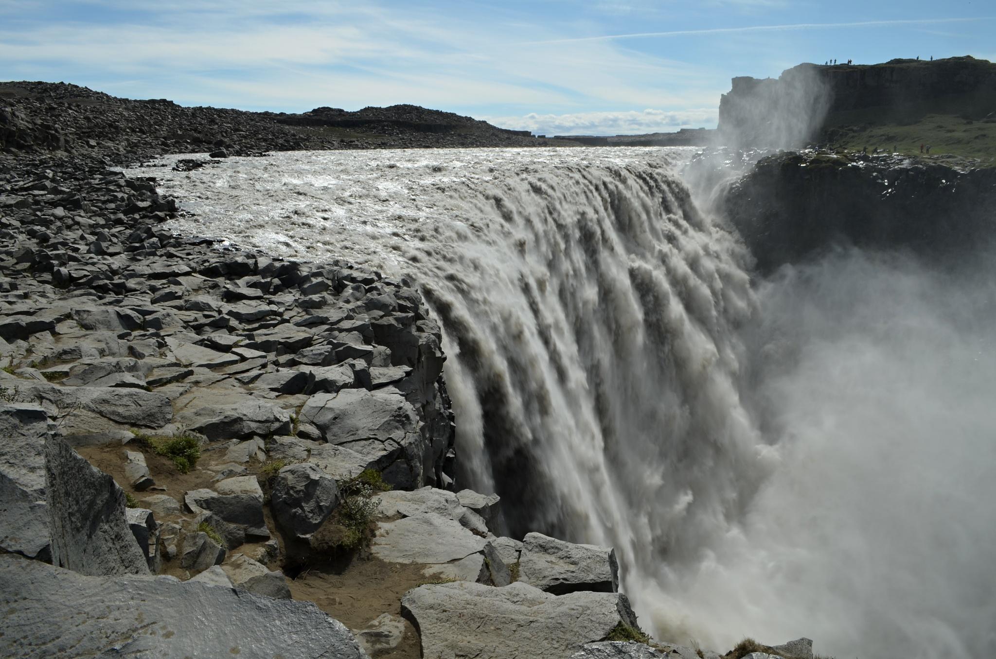 Mohutný vodopád Dettifoss