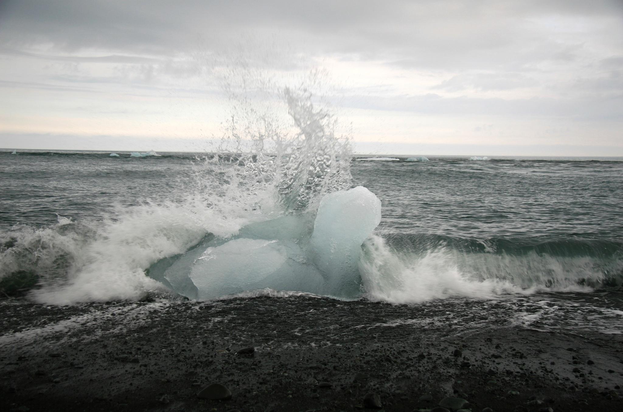 Moře, vlny, led...