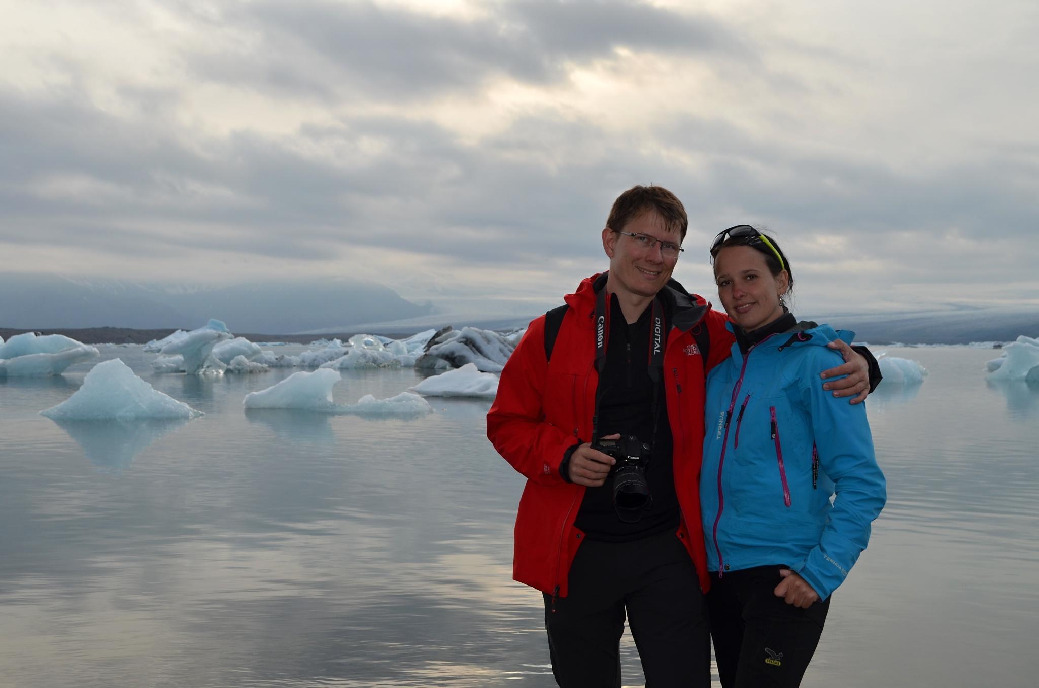 Společná fotka u jezera Jökulsárlón