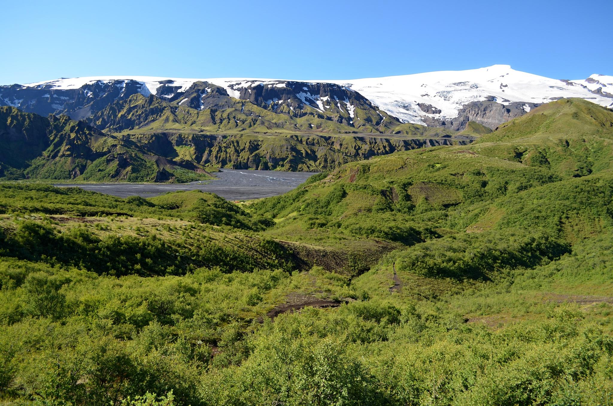 Poslední pohled na Þórsmörk a ledovec Eyjafjallajökull