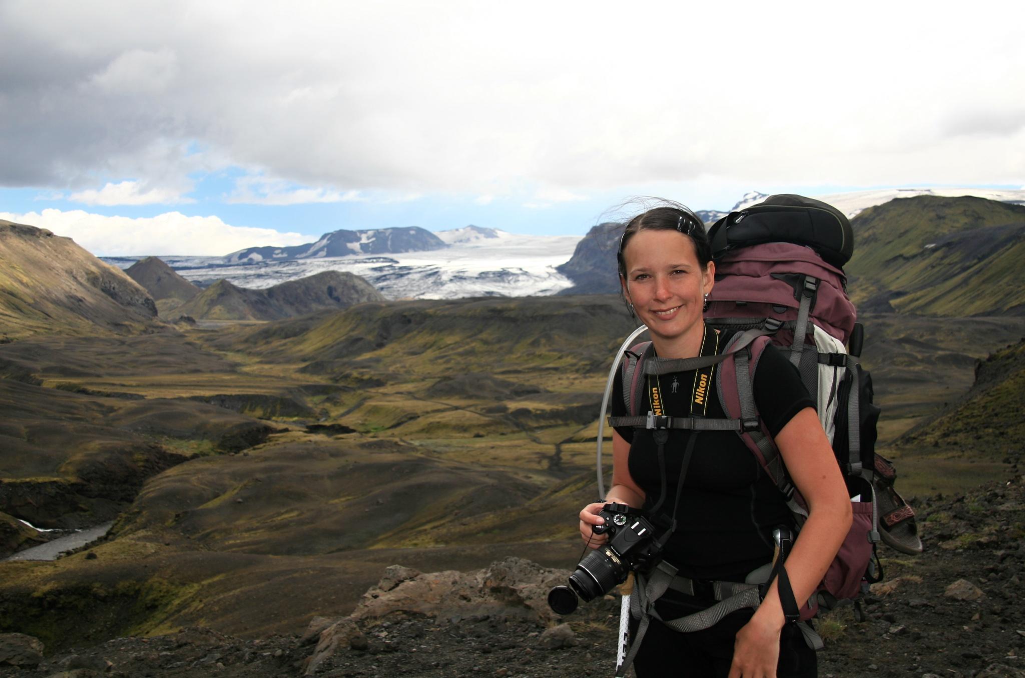 Údolí řeky Fremri Emstruá, na pozadí ledovec Eyjafjallajökull