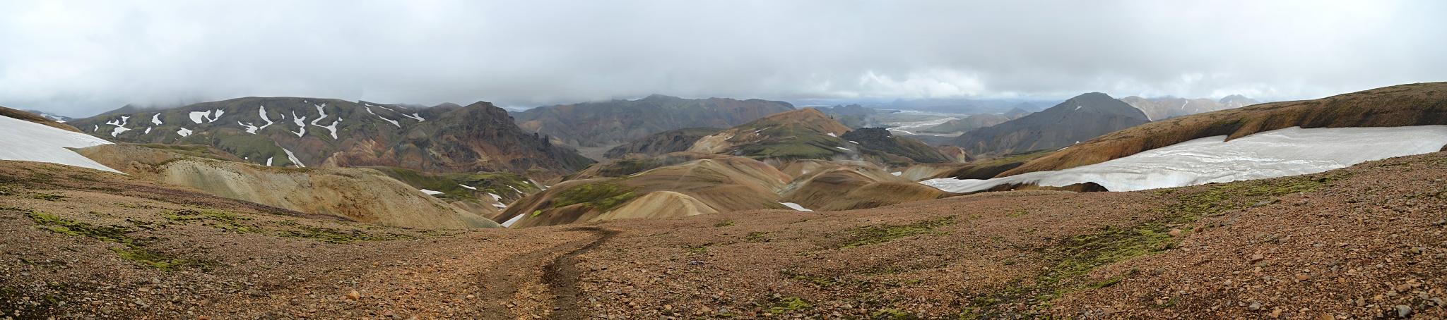 Panoramatický pohled na Duhové hory