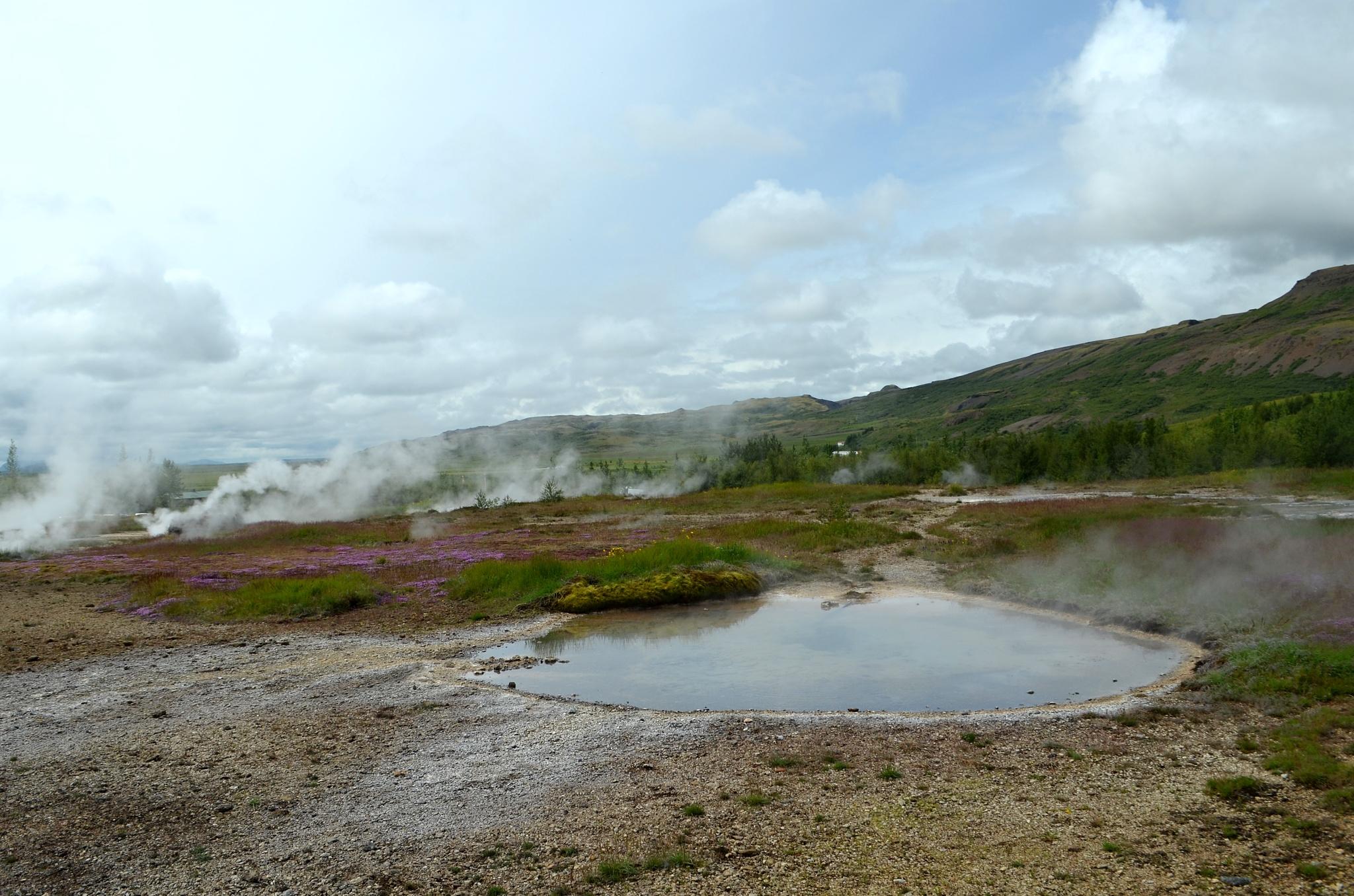 Oblast gejzírů a horkých pramenů