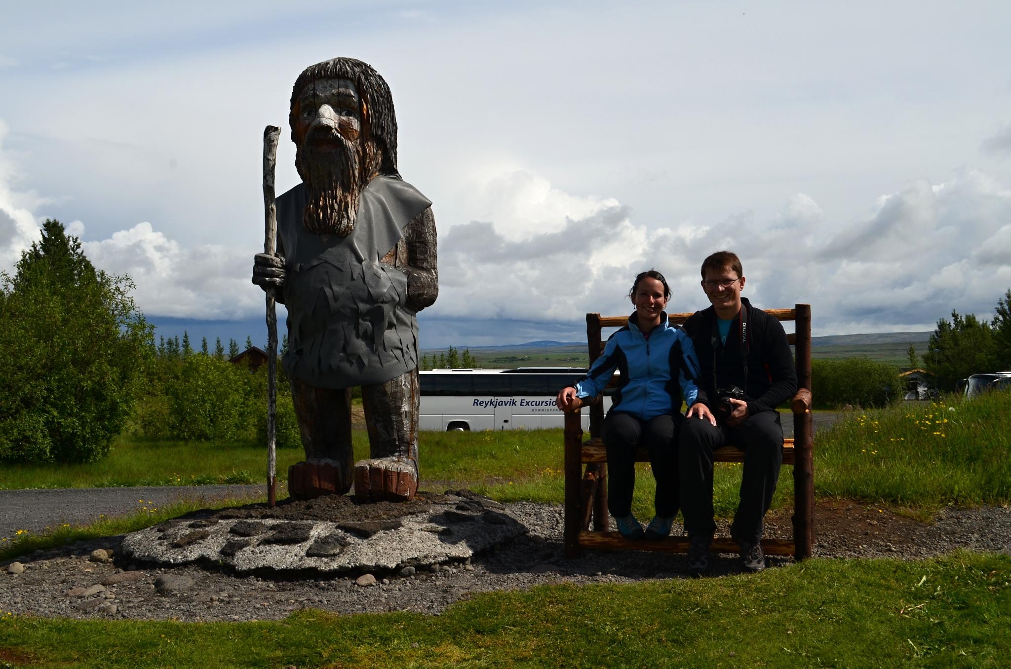 My dva a islandský troll