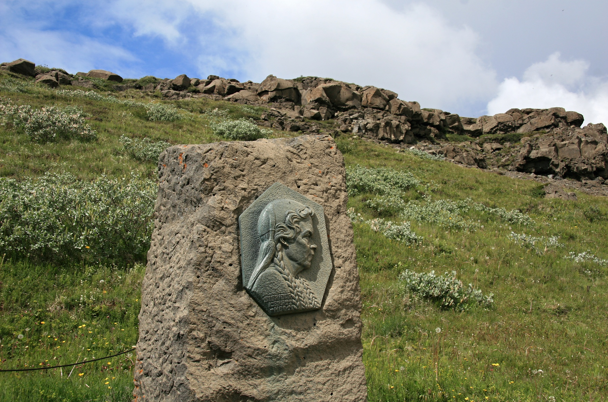 Díky tvrdohlavosti Sigríður Tómasdóttir je dnes kolem vodopádu rezervace a nikoliv plánovaná hydroelektrárna