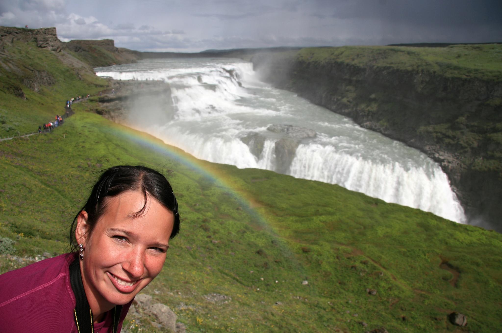Hanka se svatozáří u vodopádu Gullfoss