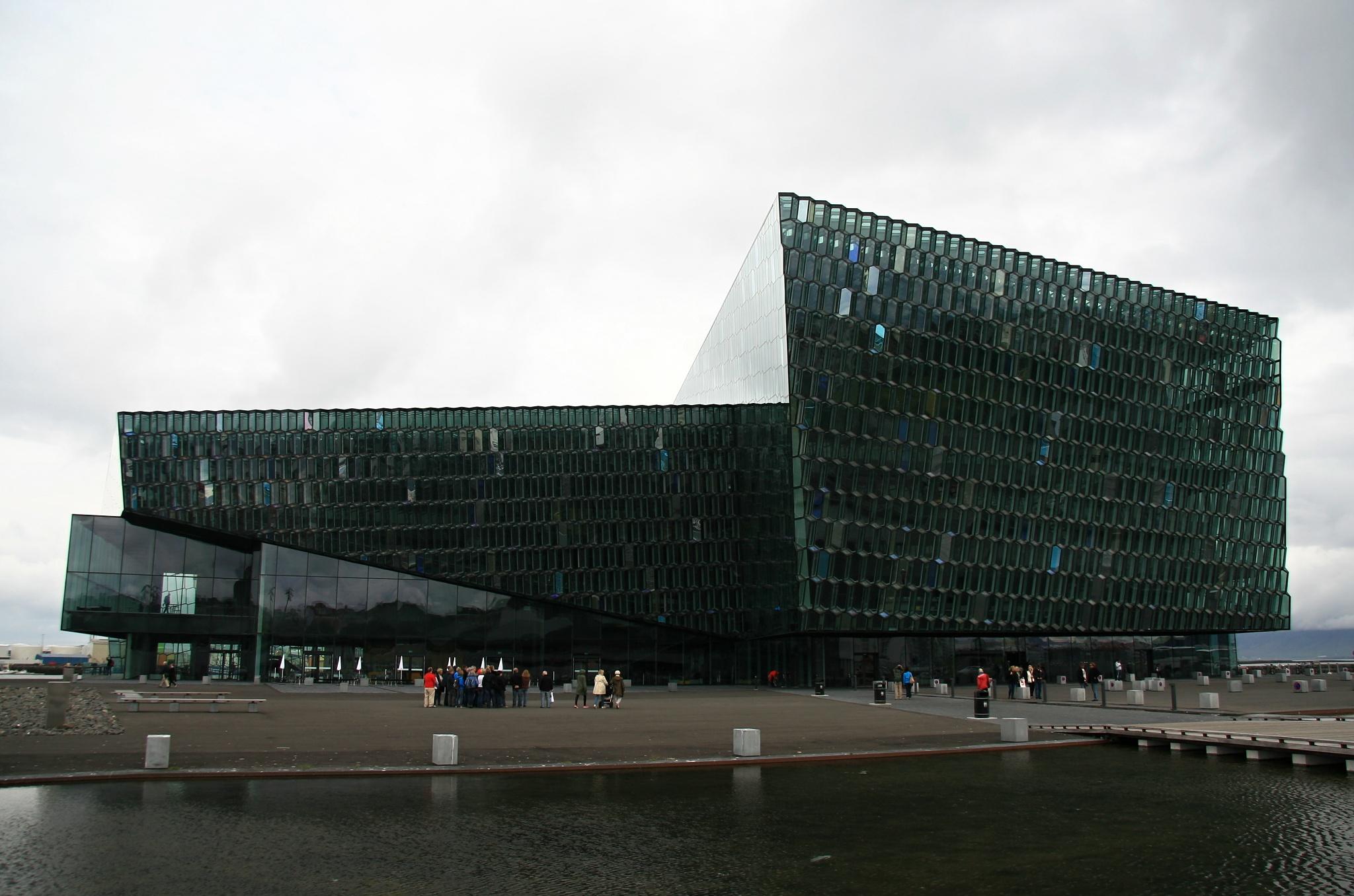 Moderní koncertní síň Harpa