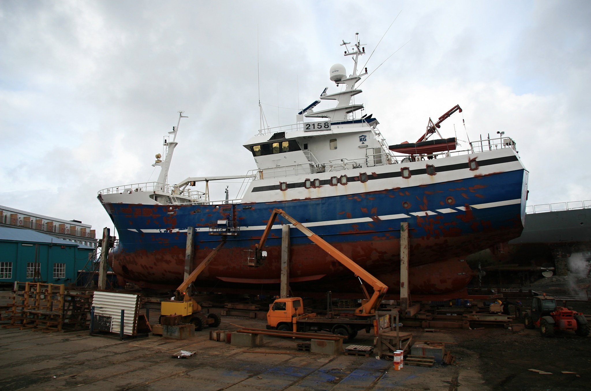Údržba povrchu lodě