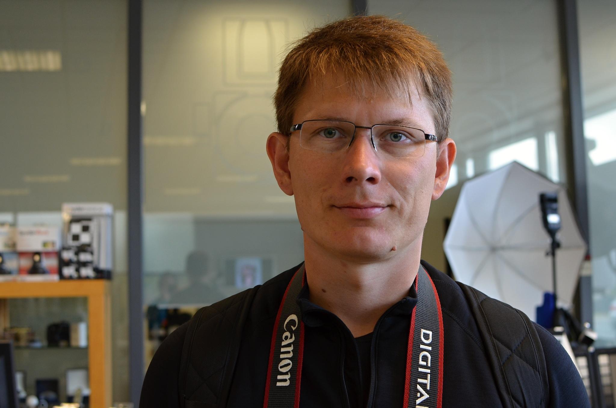 Fotka v islandské prodejně fotoaparátů.