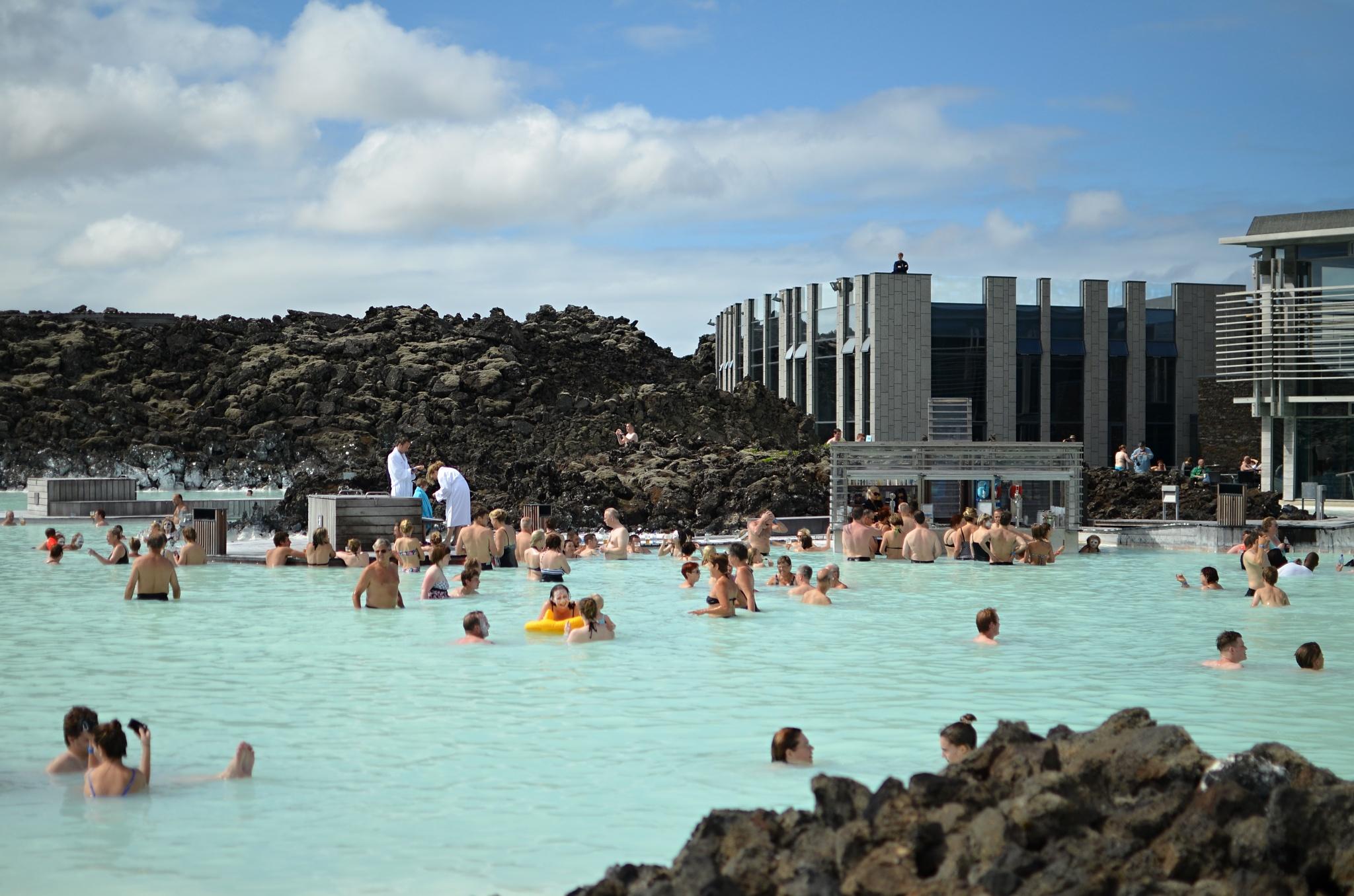 Přírodní lázně Modrá laguna na Islandu