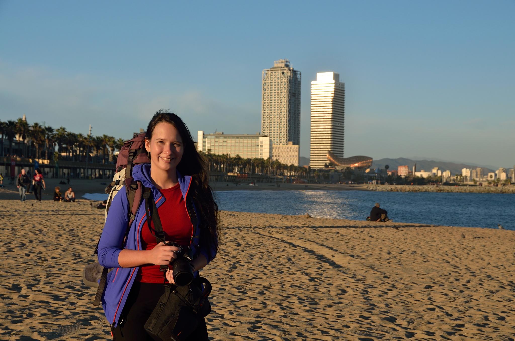 Na pláži u moře v plné polní