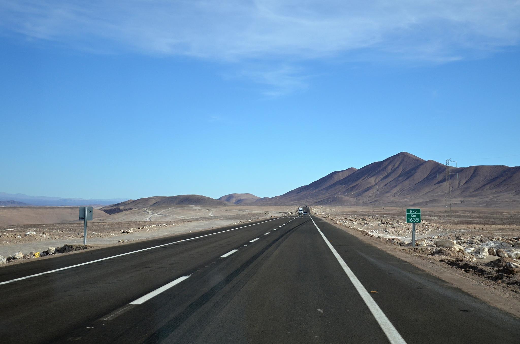 Cesta pouští, samá zatáčka