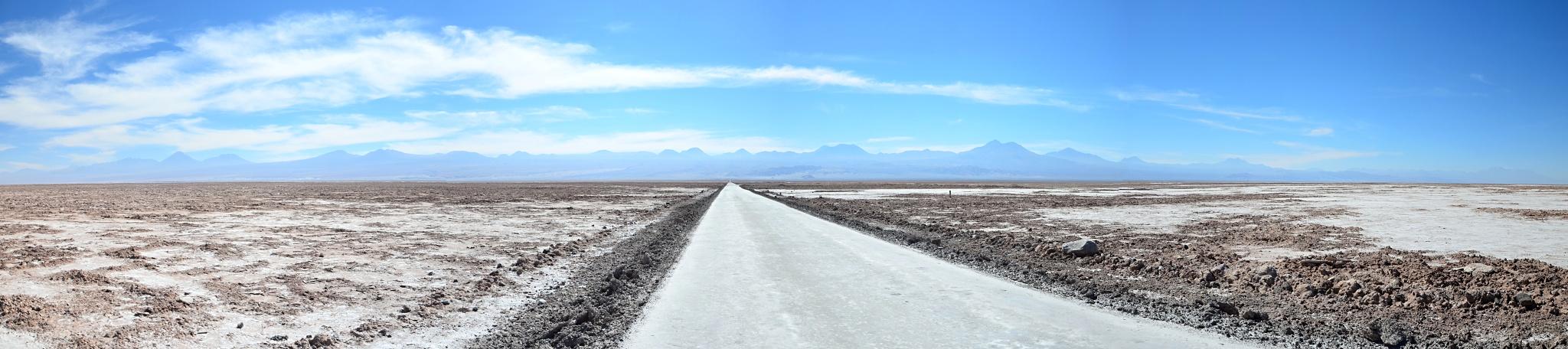 Cesta k jezírku Chaxa