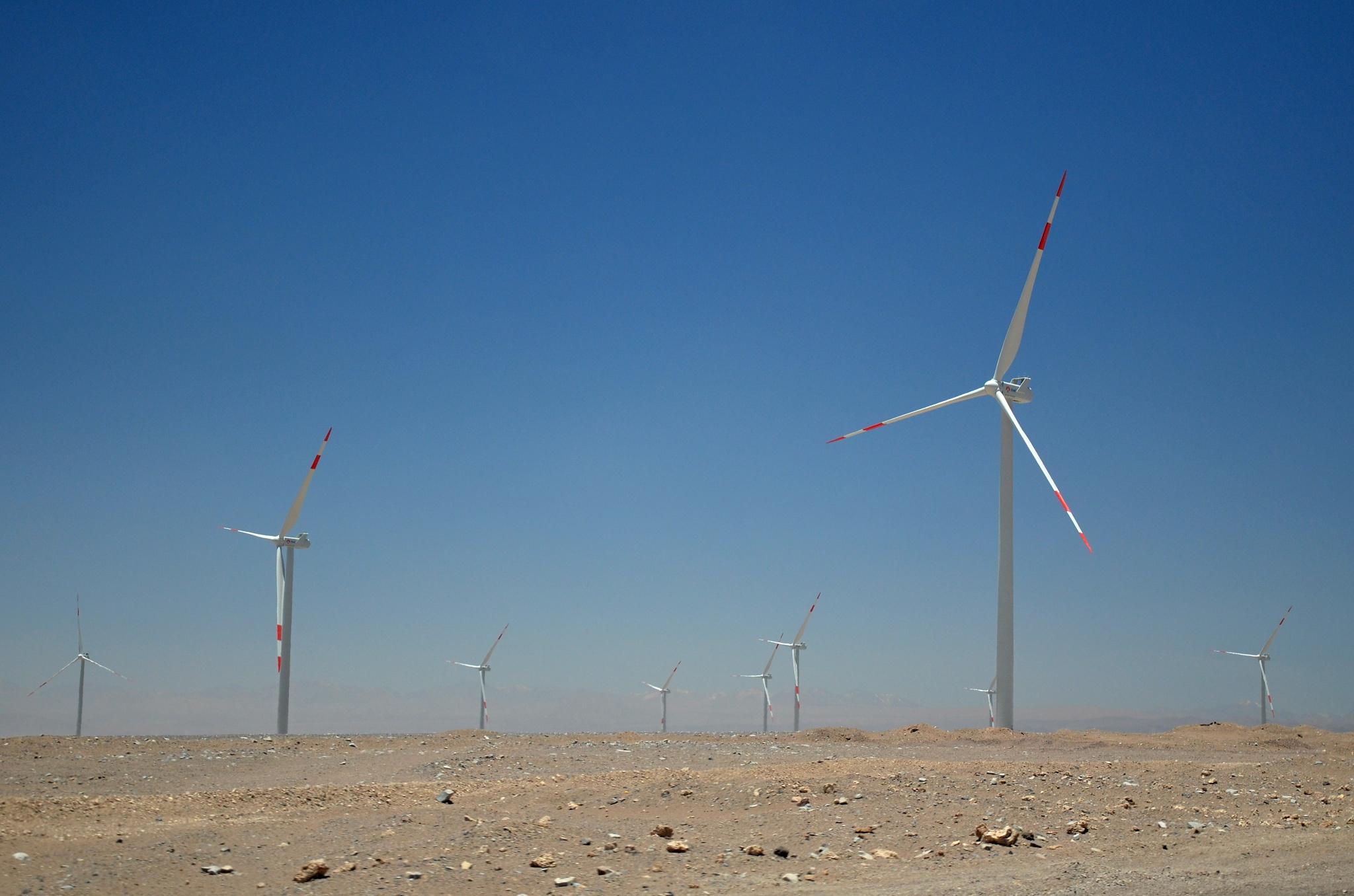 Větrníky u města Calama