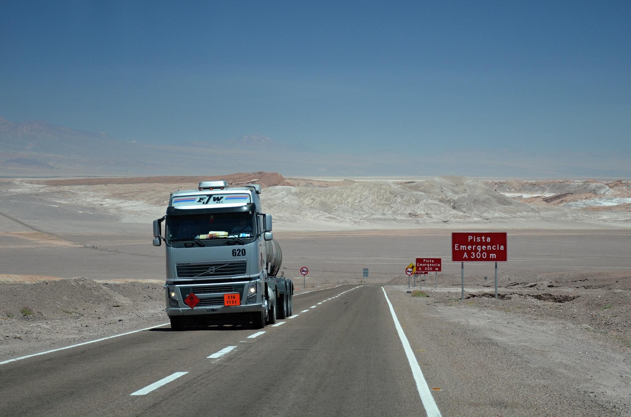 Jeden z mnoha kamionů