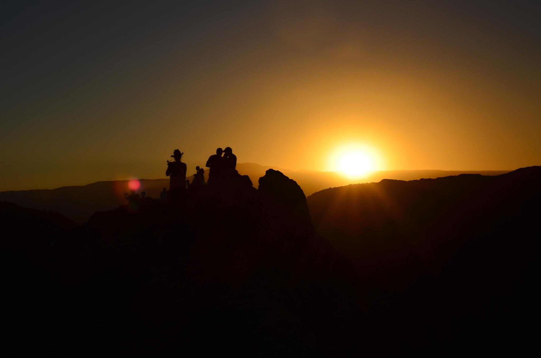 poslední sluneční paprsky ve Valle de la Luna