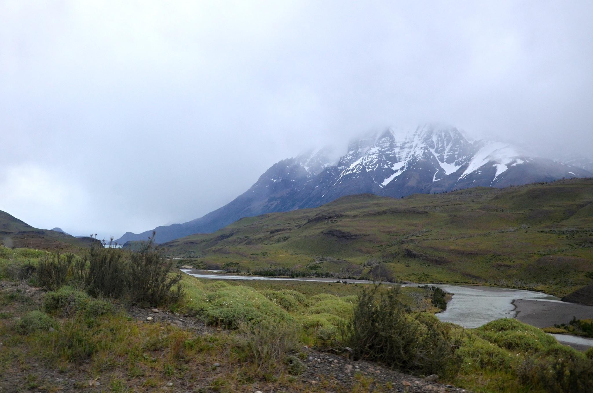 Jsme v národním parku Torres del Paine, ale počasí je stále stejně ošklivé