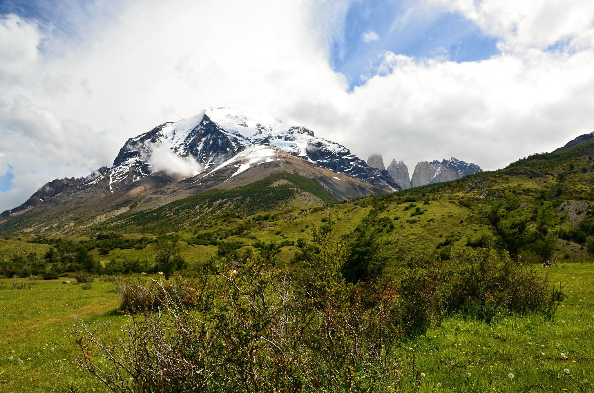 Úžasný pohled na horu Cerro Paine