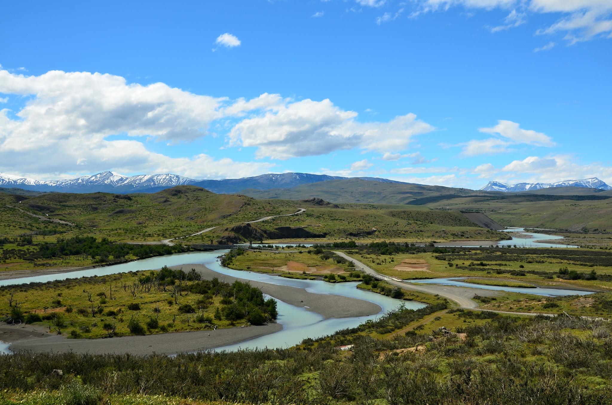 Meandr řeky Río Paine