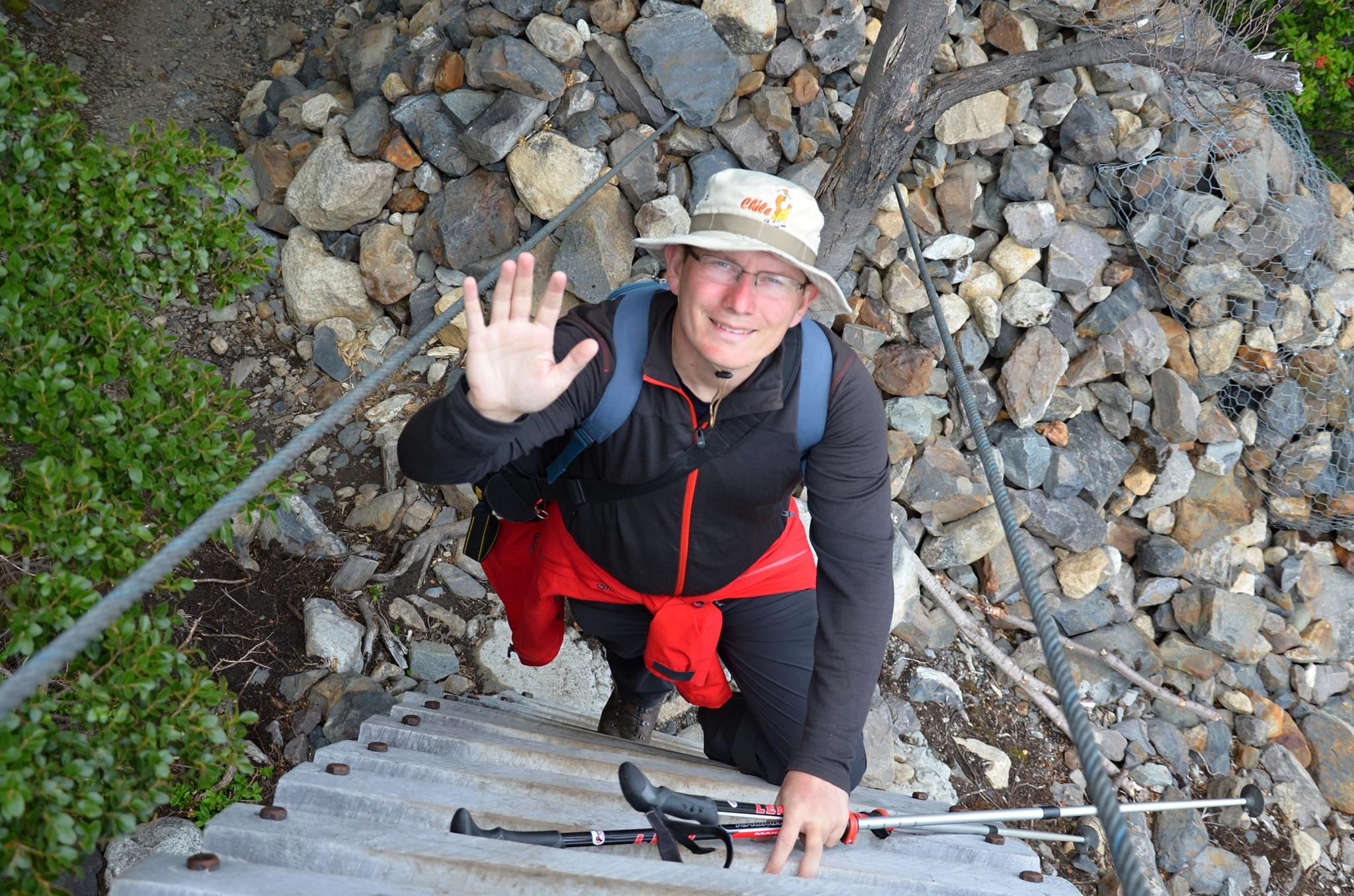 Zdoláváme dřevěný visutý mostek