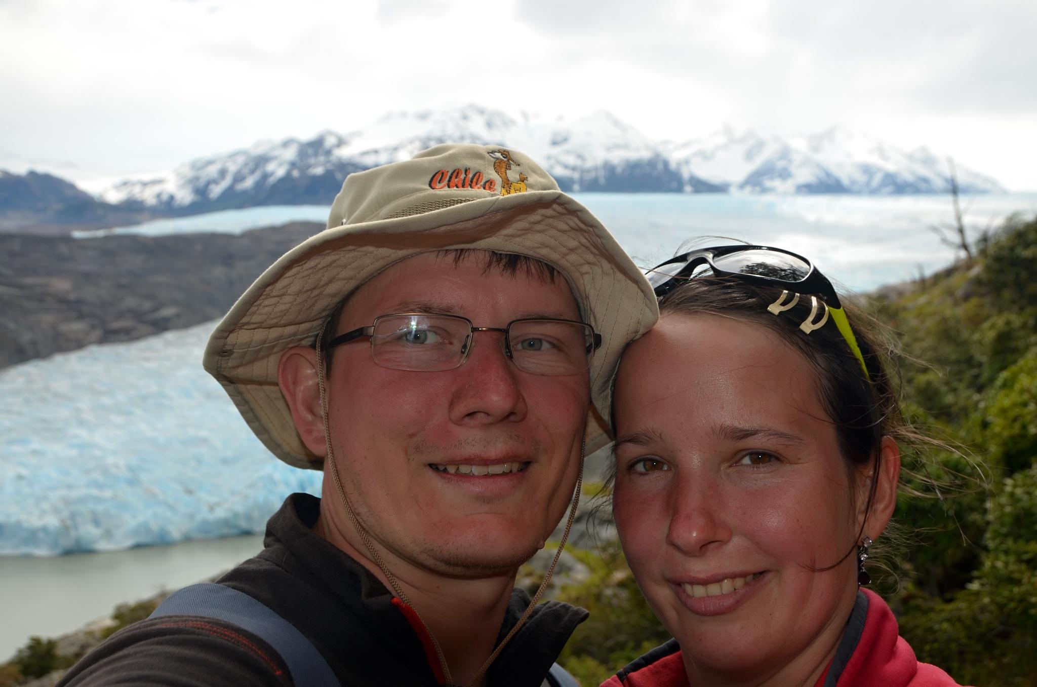 Společná fotka u ledovce Grey