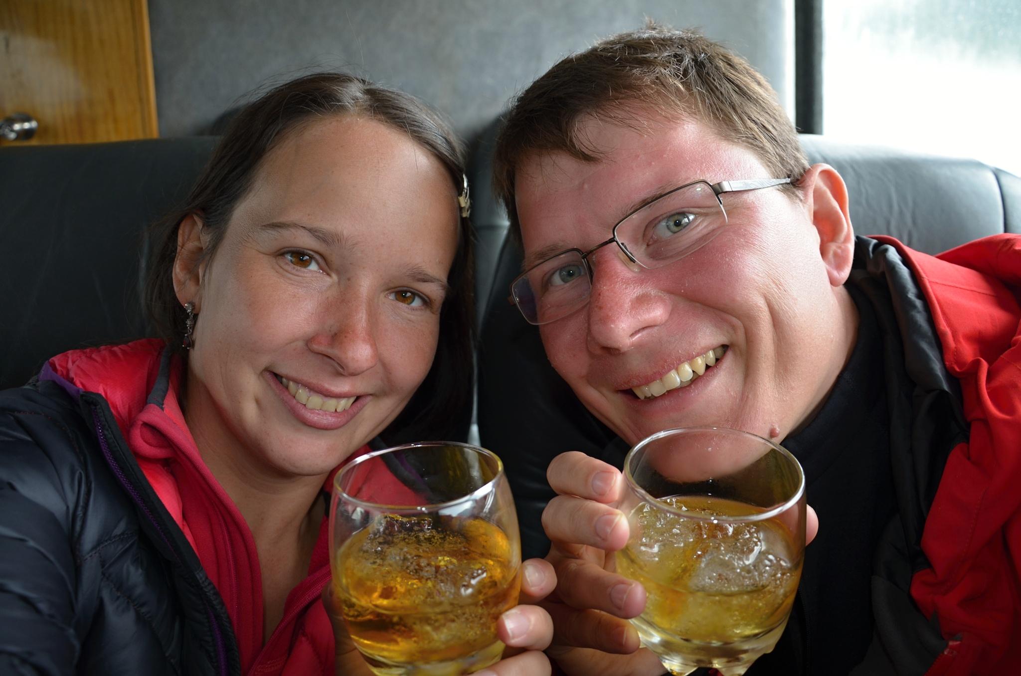 Připíjíme si skleničkou whiskey ochlazenou ledem z ledovce