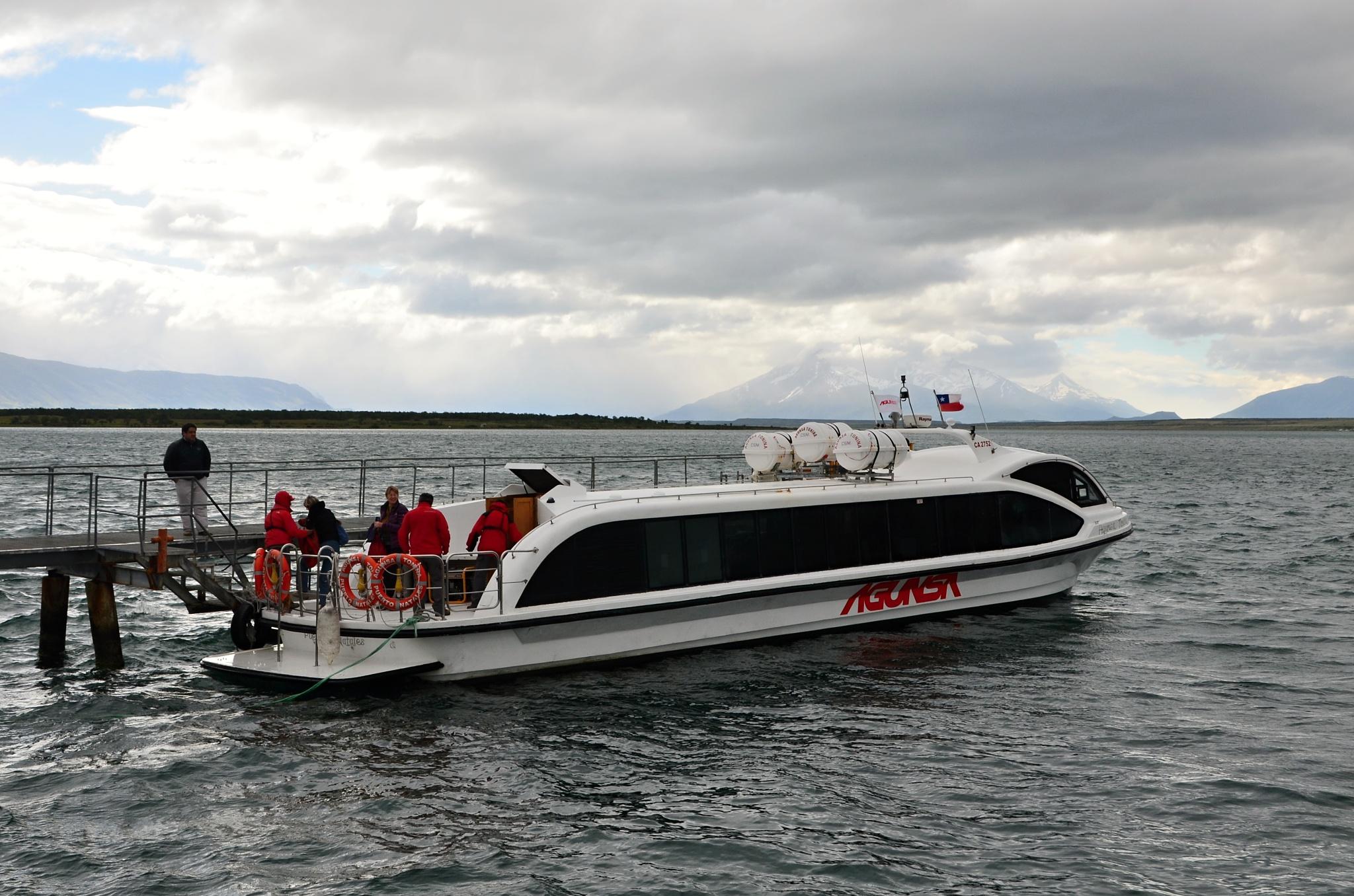 Loď společnosti Agunsa
