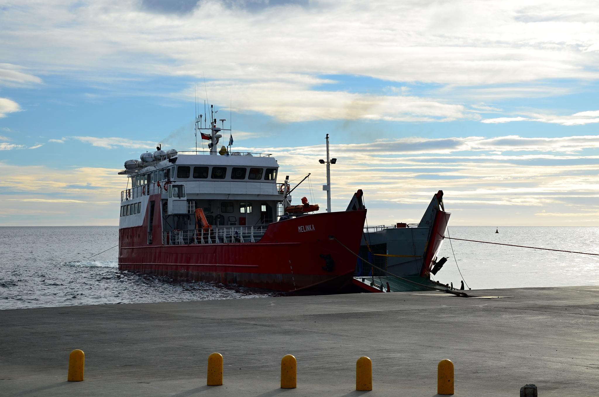 Červený trajekt Melinka