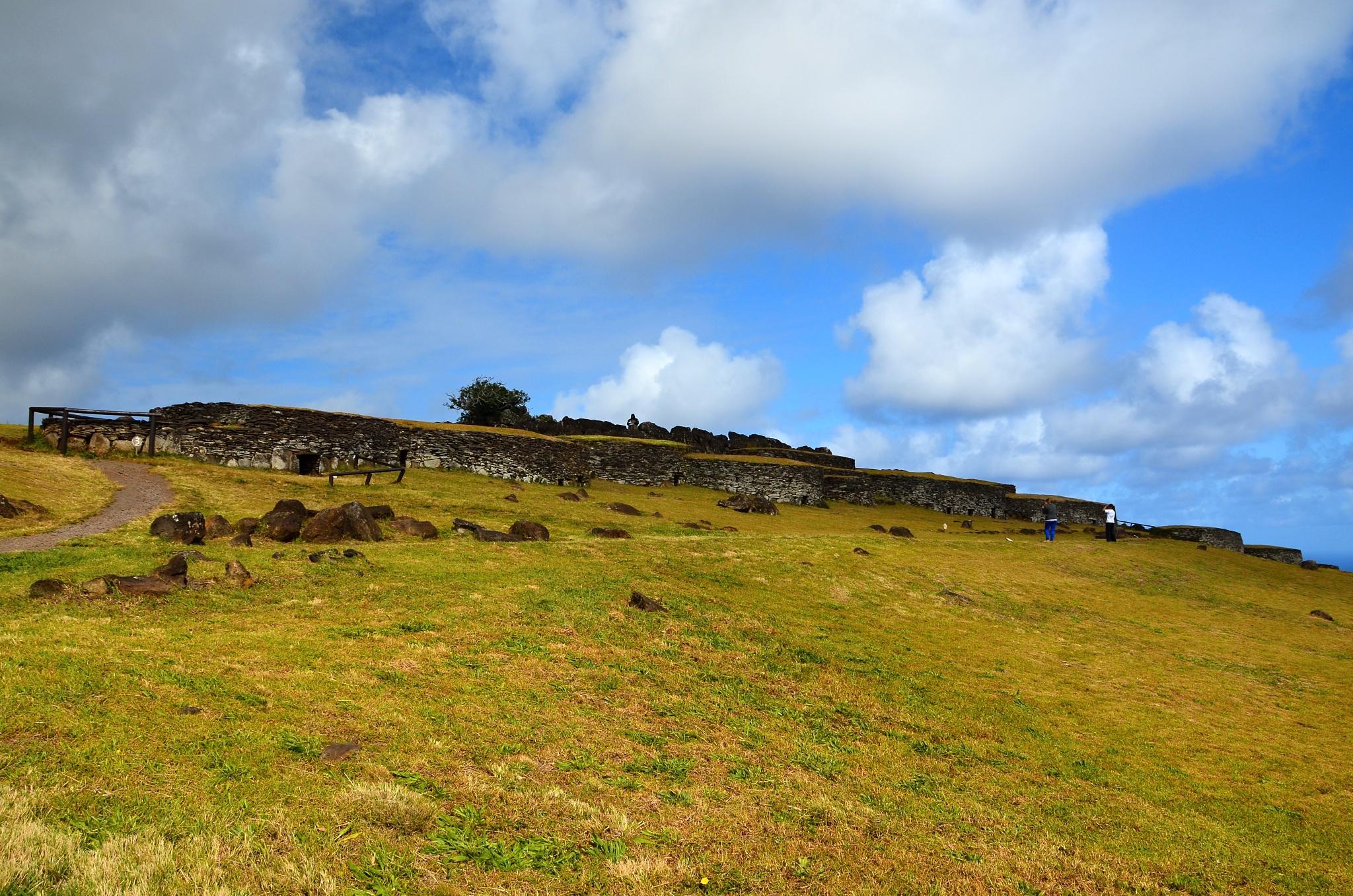 Obřadní vesnice na vulkánu Rano Kau