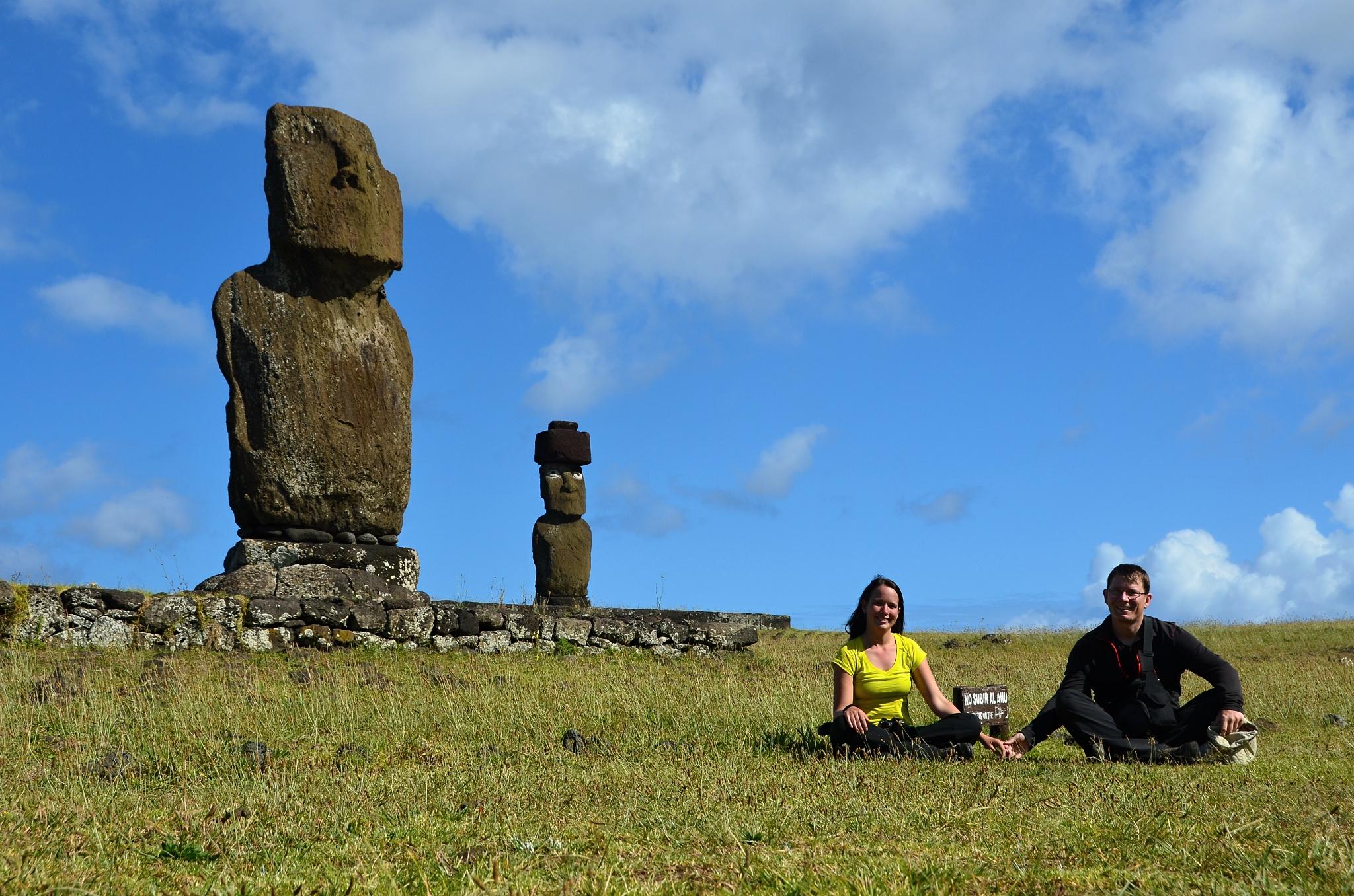Čtyři sochy na Velikonočním ostrově