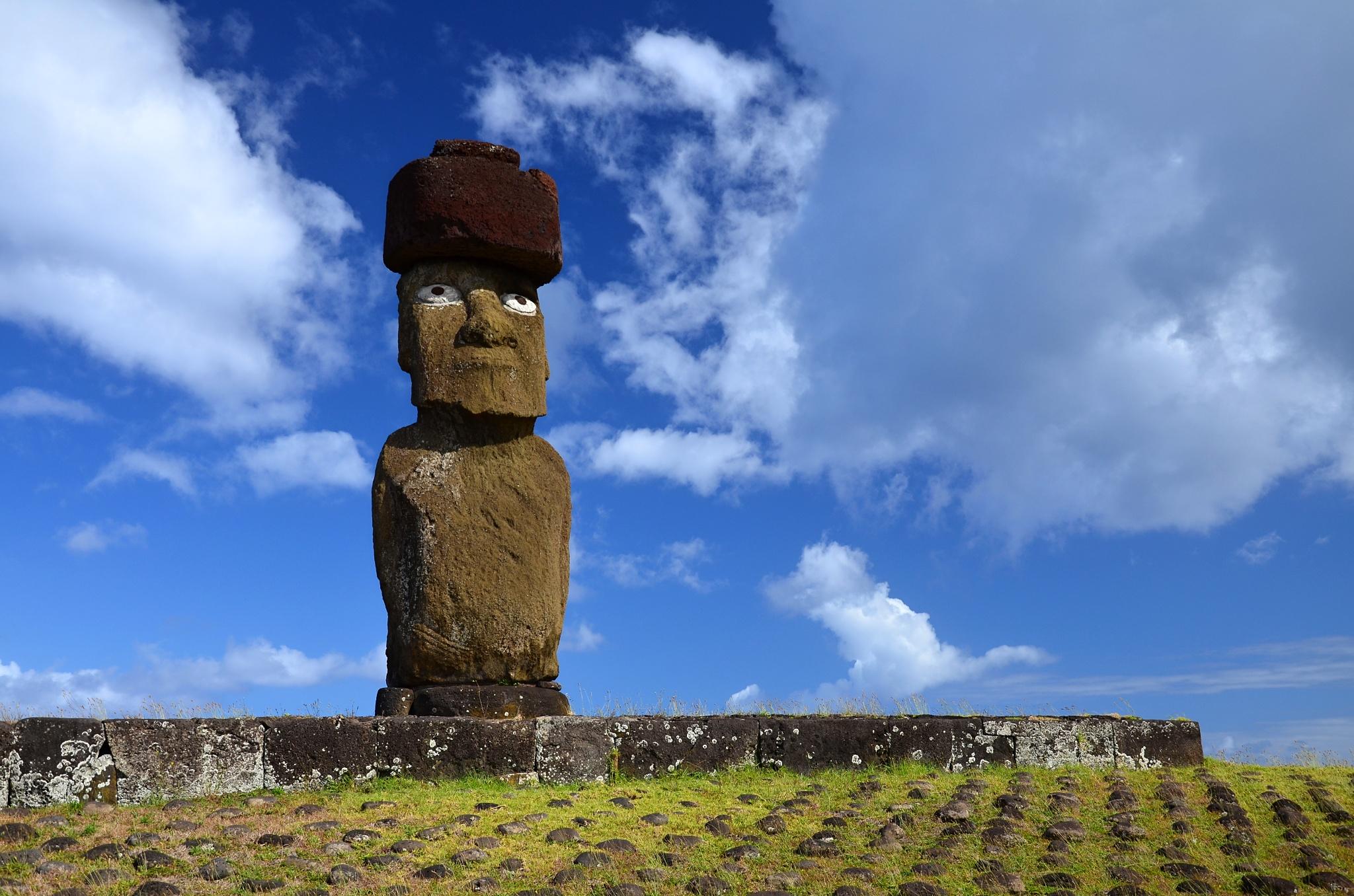 Detail na Moai na Ahu Ko Te Riku