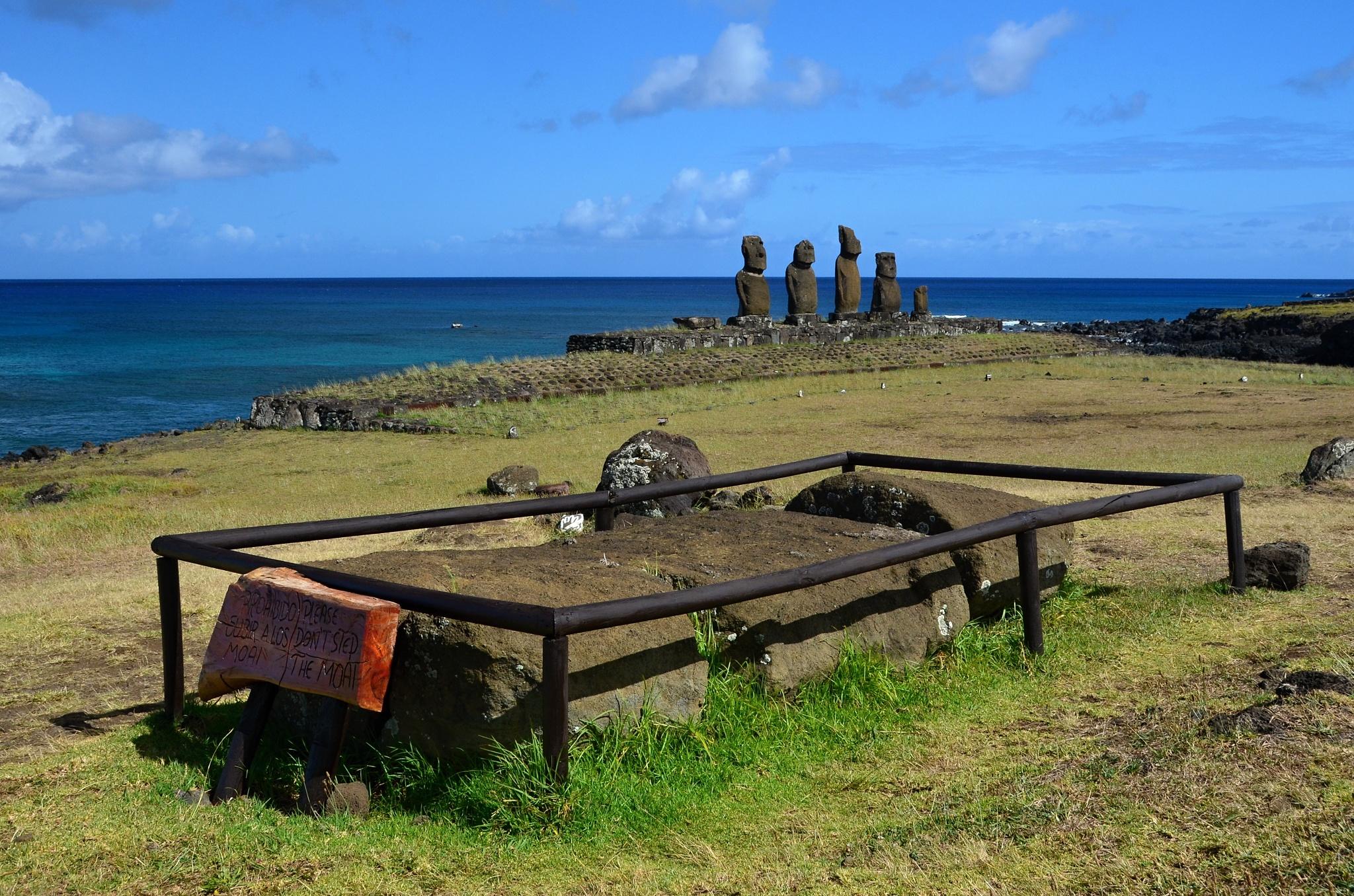 Odpočívající Moai