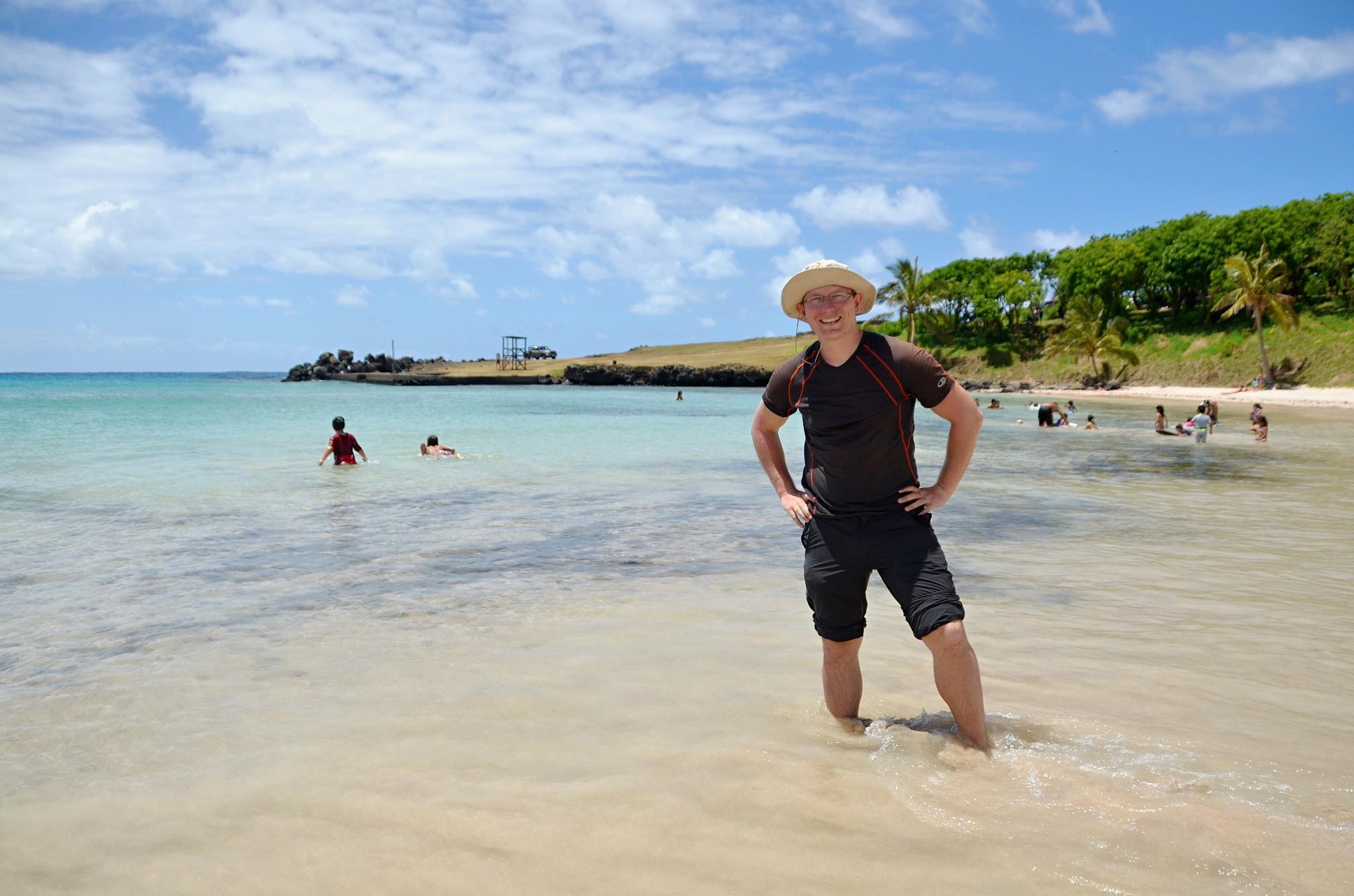 Moje maličkost na pláži Anakena