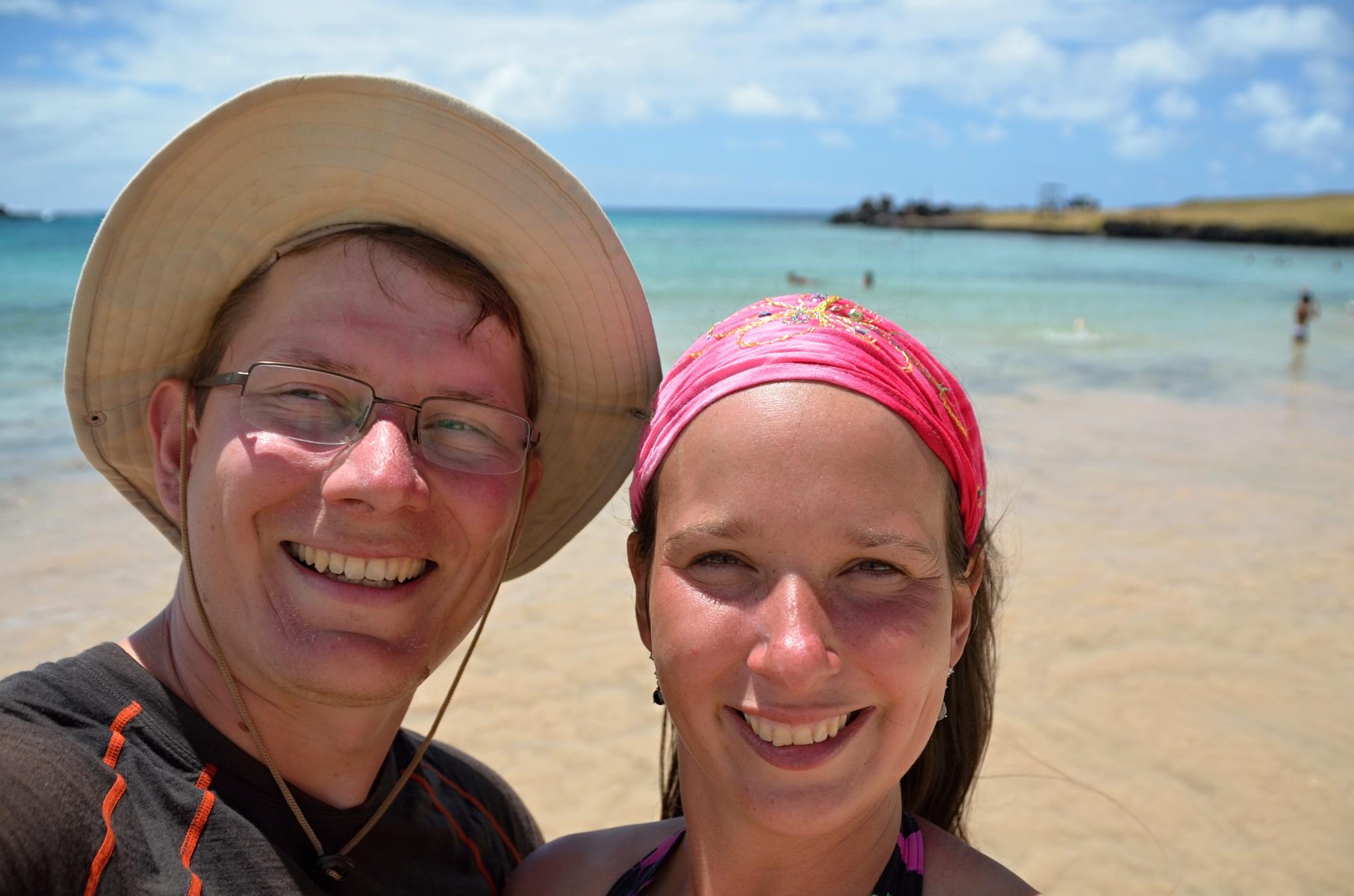 Společná fotka na pláži Anakena