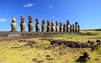 Za sochami Moai kolem Velikonočního ostrova (velký okruh)