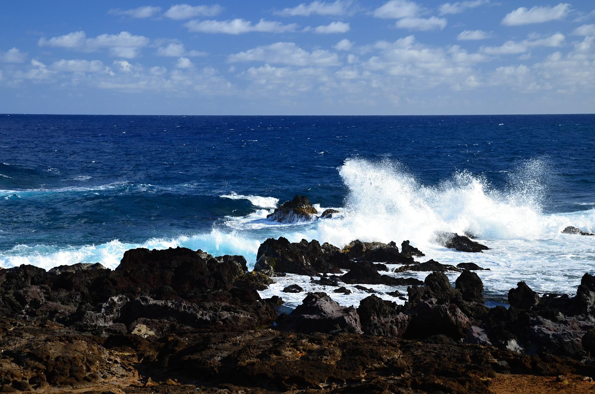 Neklidné moře a velké vlny