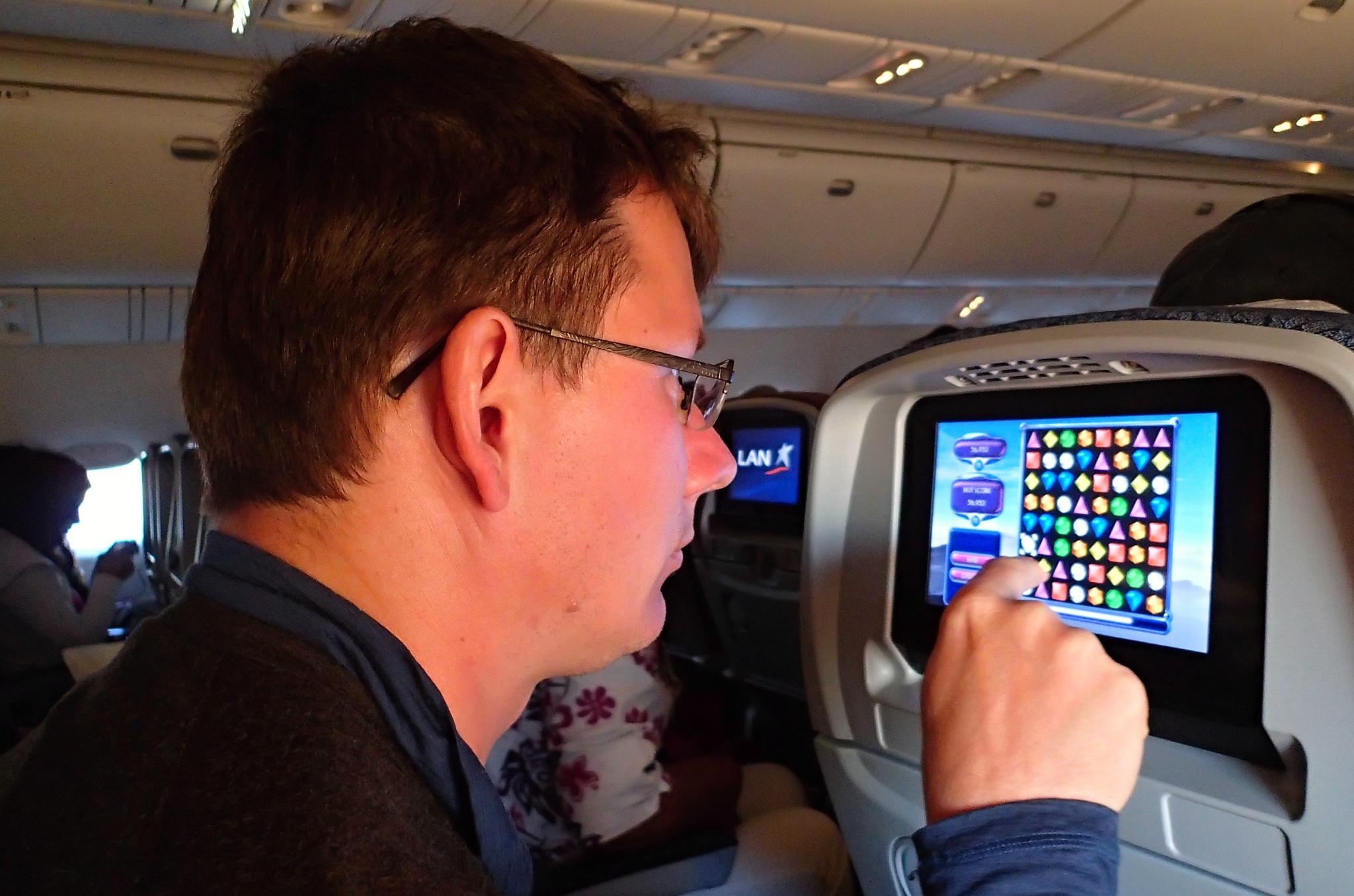Zábavné centrum bylo v letadle skutečně zábavné, hra Bejeweled je prostě super