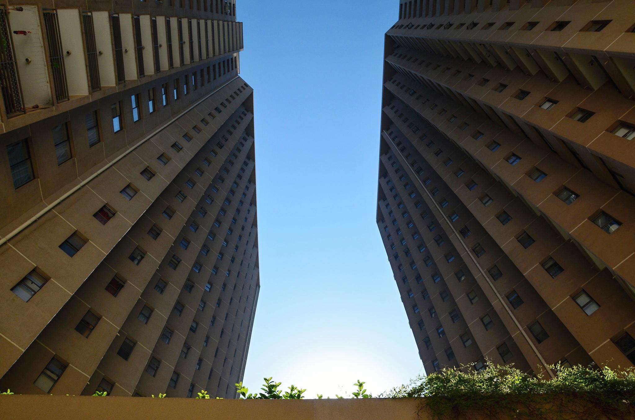 Jsme ubytováni ve skutečně vysoké budově