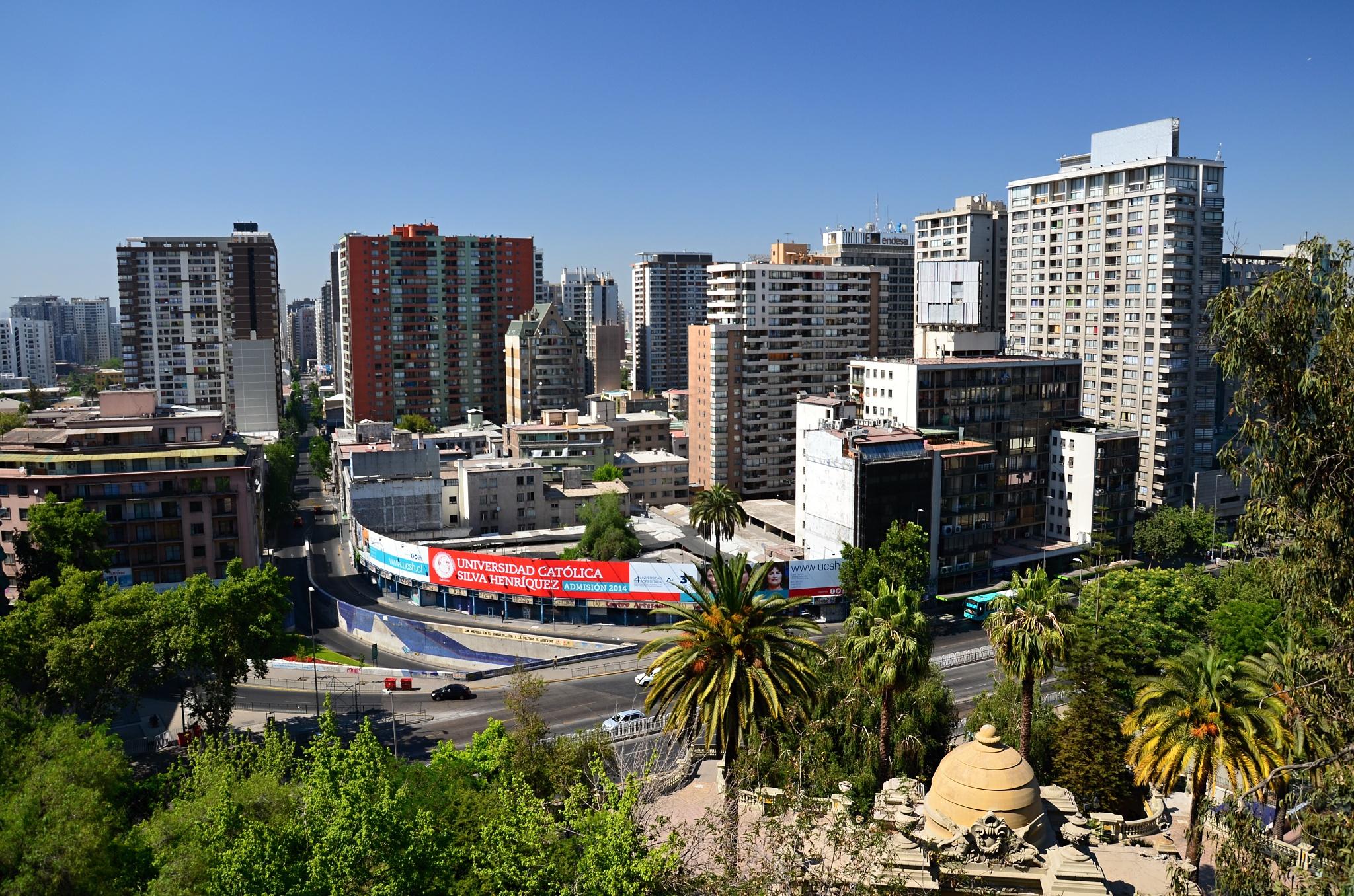 Výhled na bezprostřední okolí kopce Santa Lucía