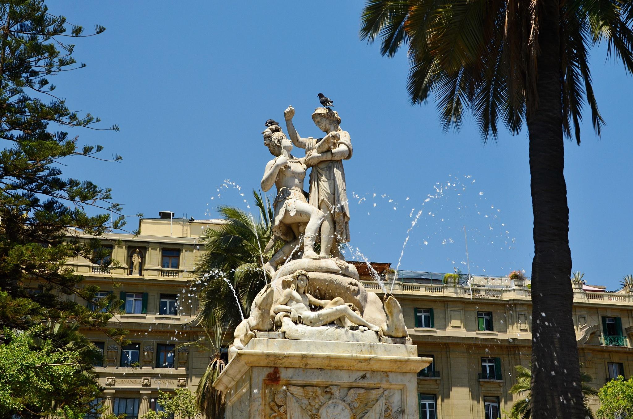 Fontána ve středu náměstí de Armas