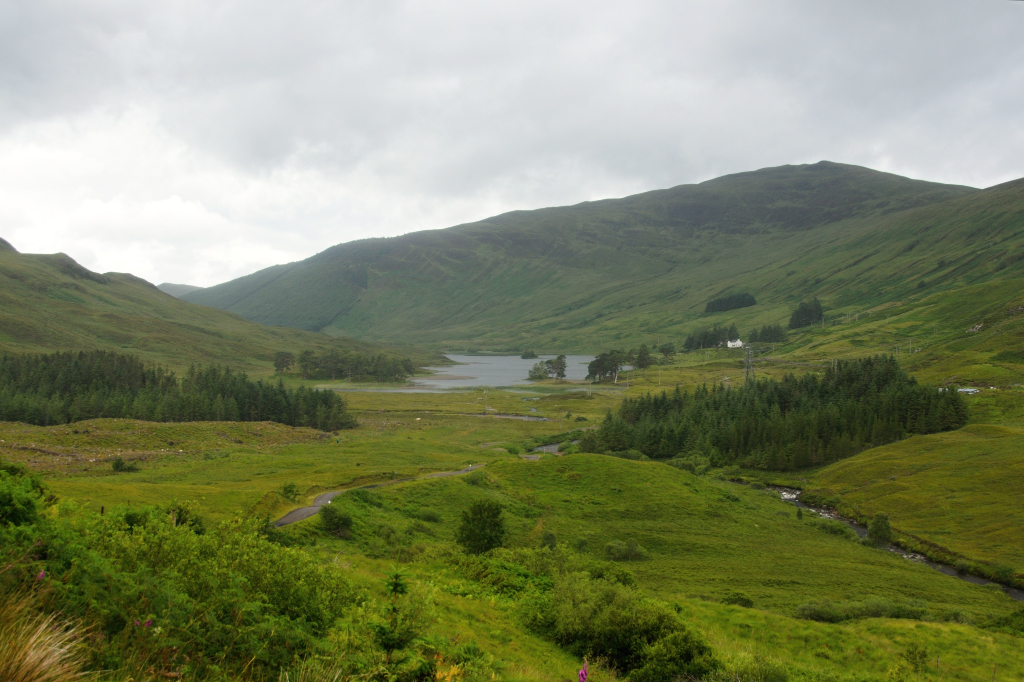 Výhled na jezero Lochan Lunn Da-Bhra